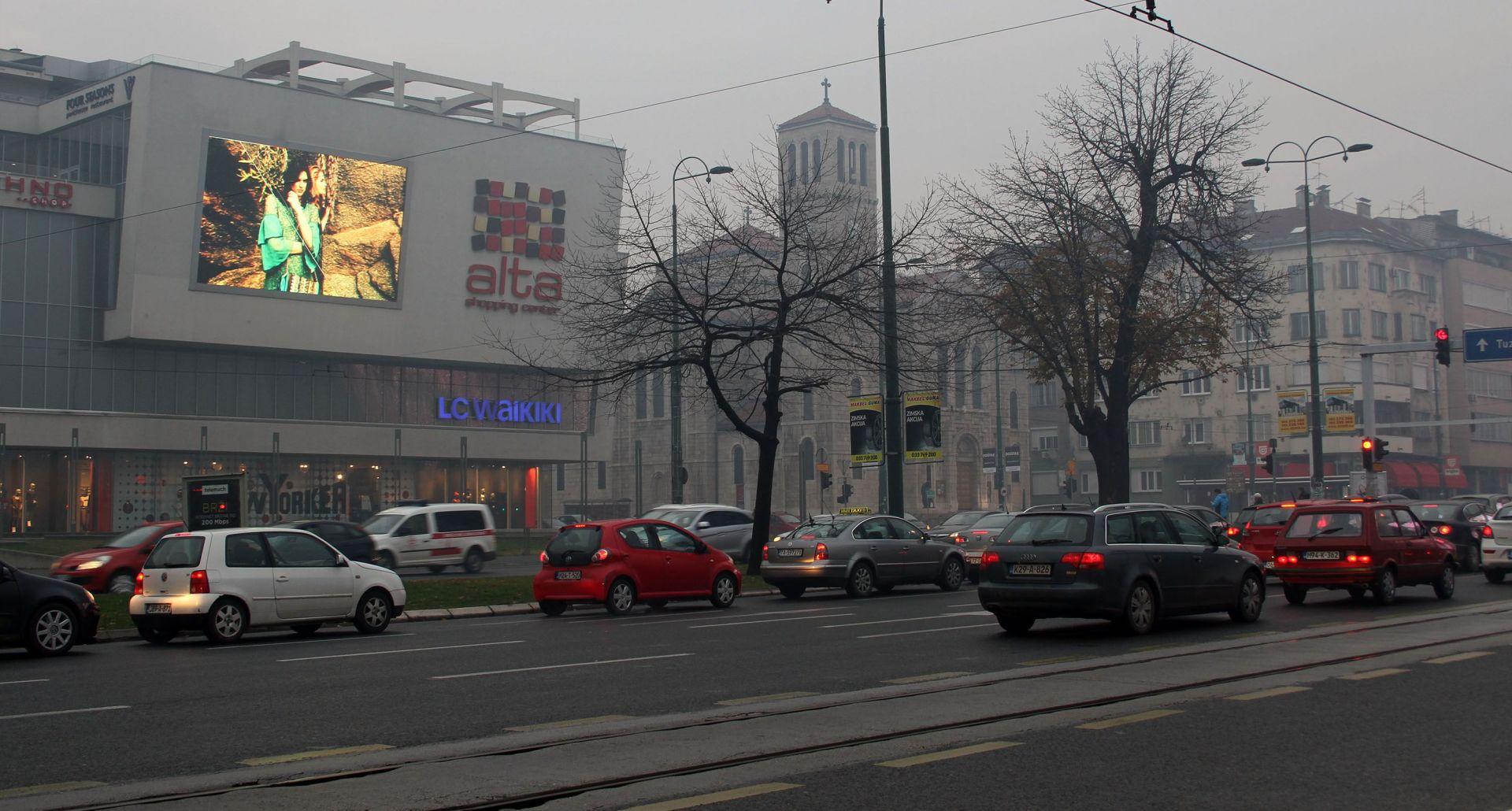Sarajevo se i treći dan guši u otrovnome zraku