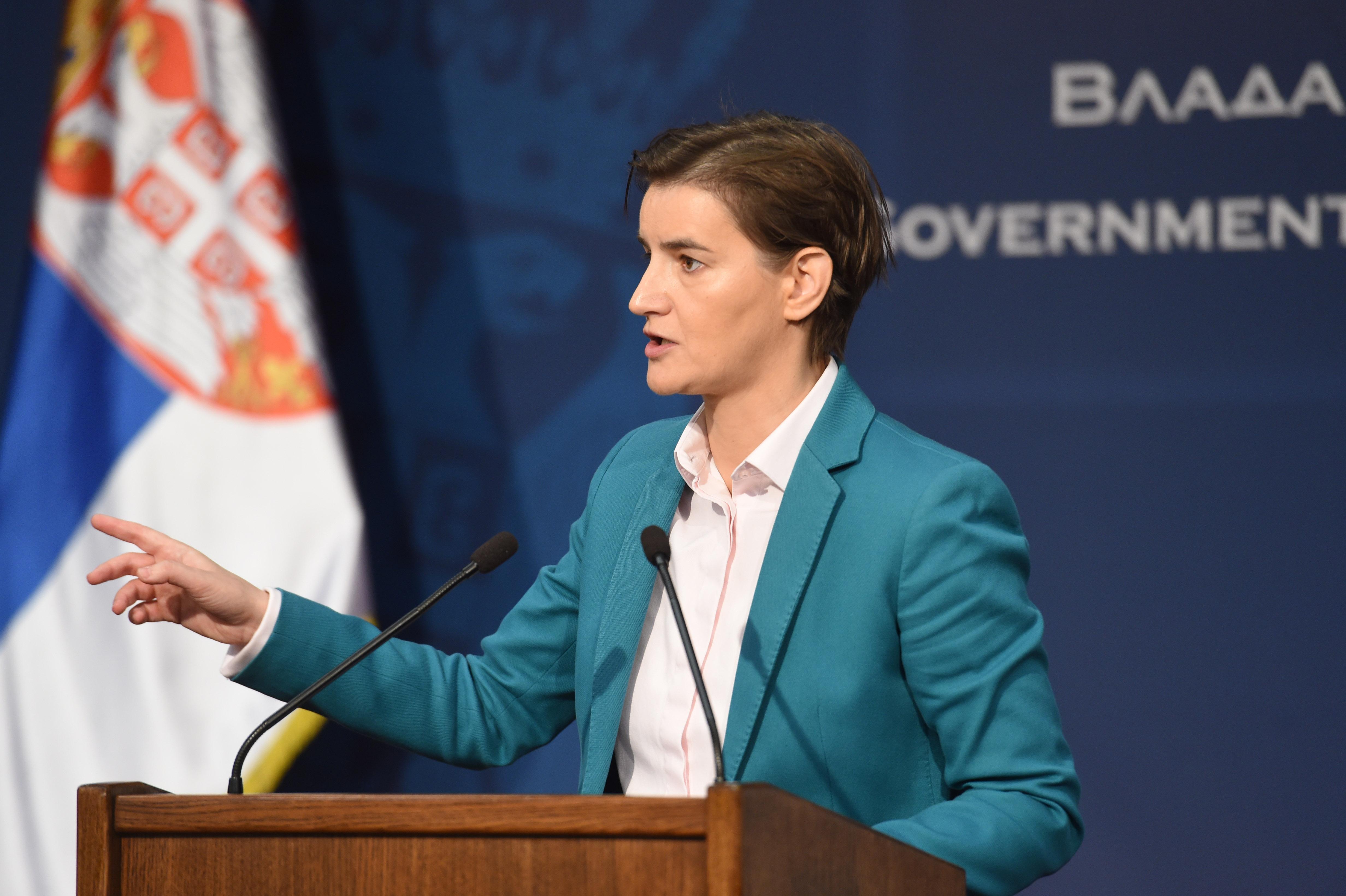 Brnabić niječe izjave o prijetnji vojskom, Vučić i Stoltenberg u kontaktu