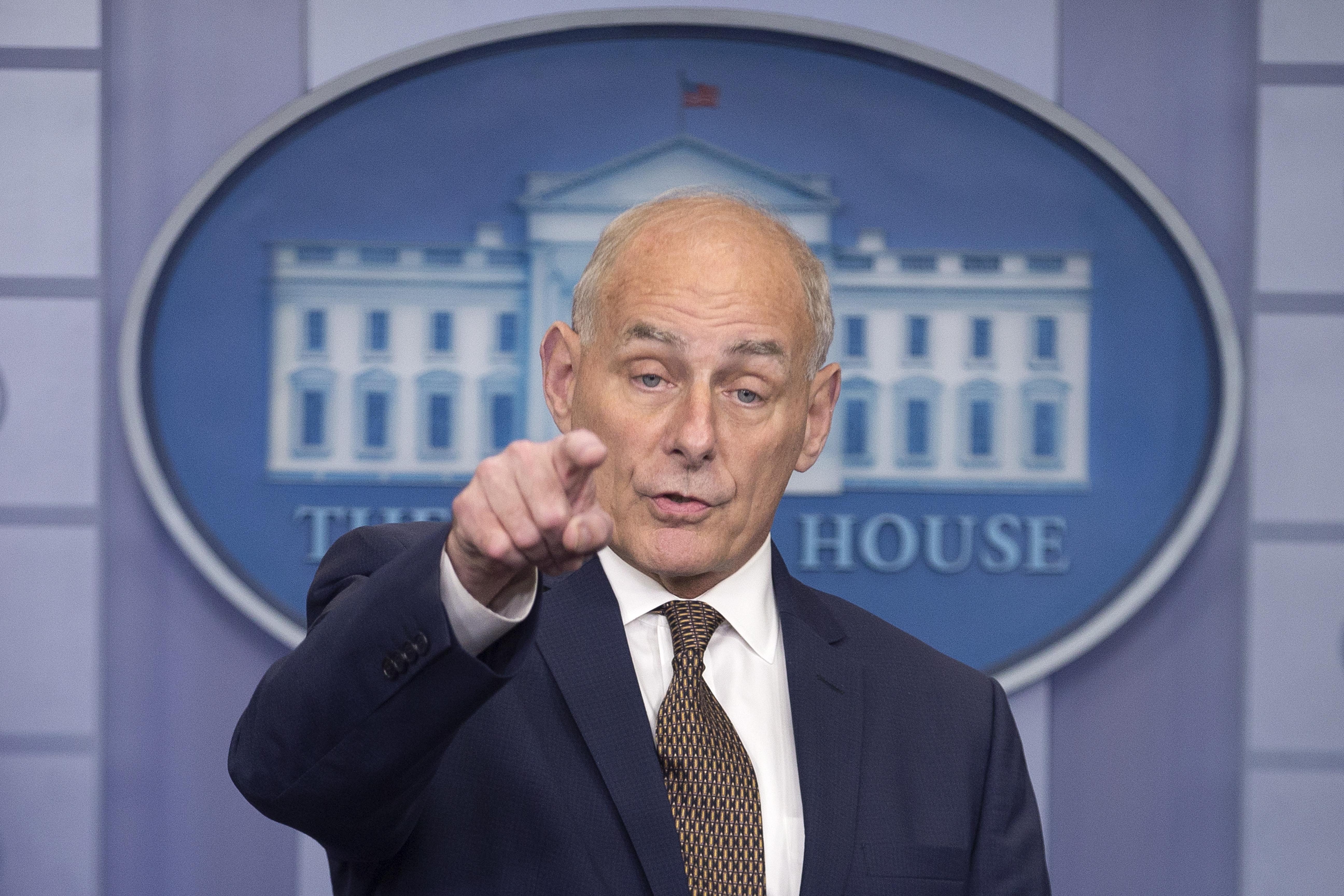 Trump najavio da njegov savjetnik John Kelly odlazi s pozicije krajem godine