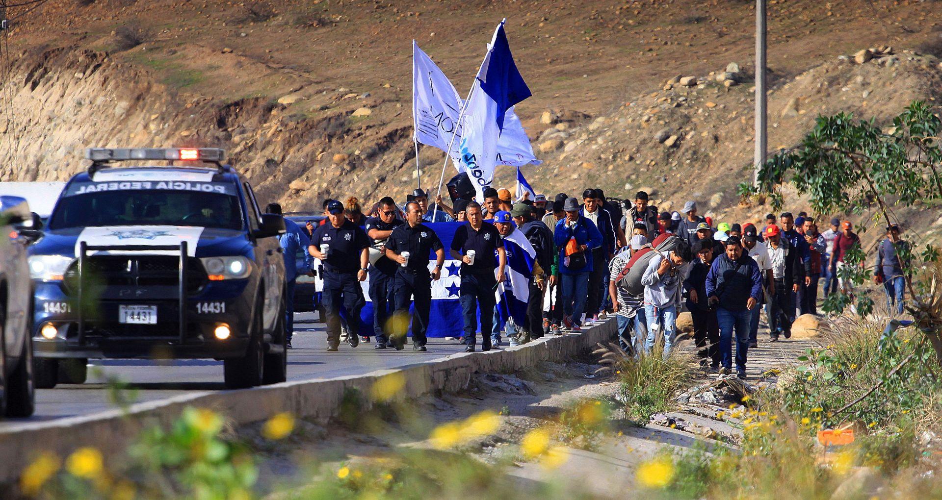 """Meksiko obećao zaustaviti """"užas"""" sa kojim se suočavaju migranti"""
