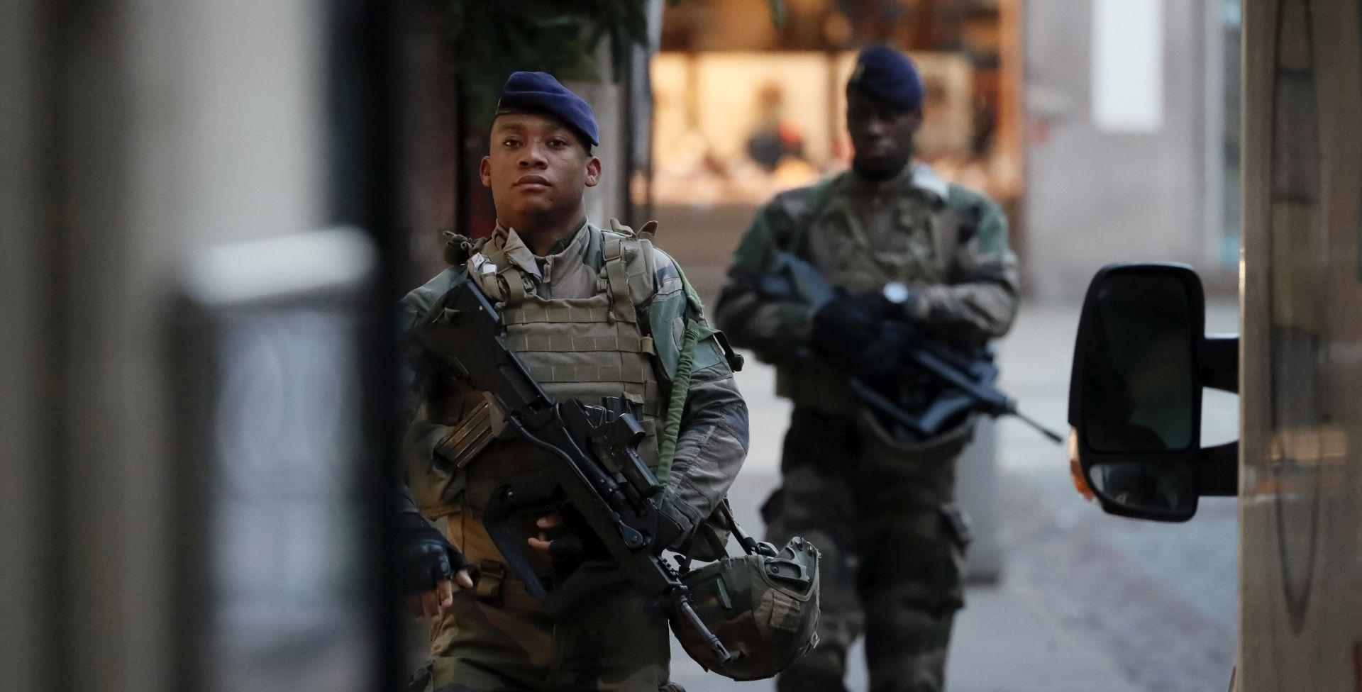 Napadač iz Strasbourga traži se živ ili mrtav