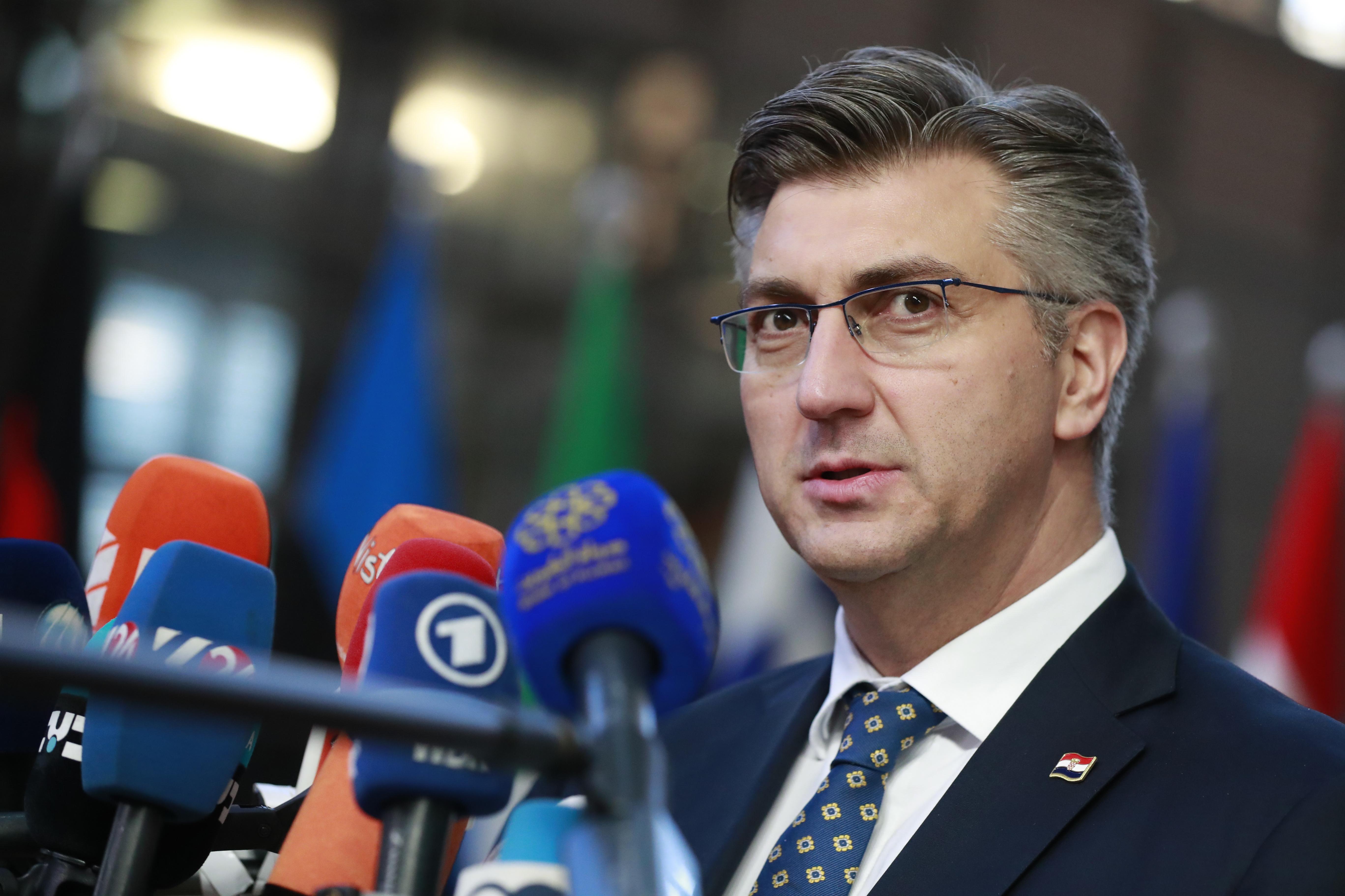 Premijera začudilo pitanje ima li ministar Krstičević njegovu potporu