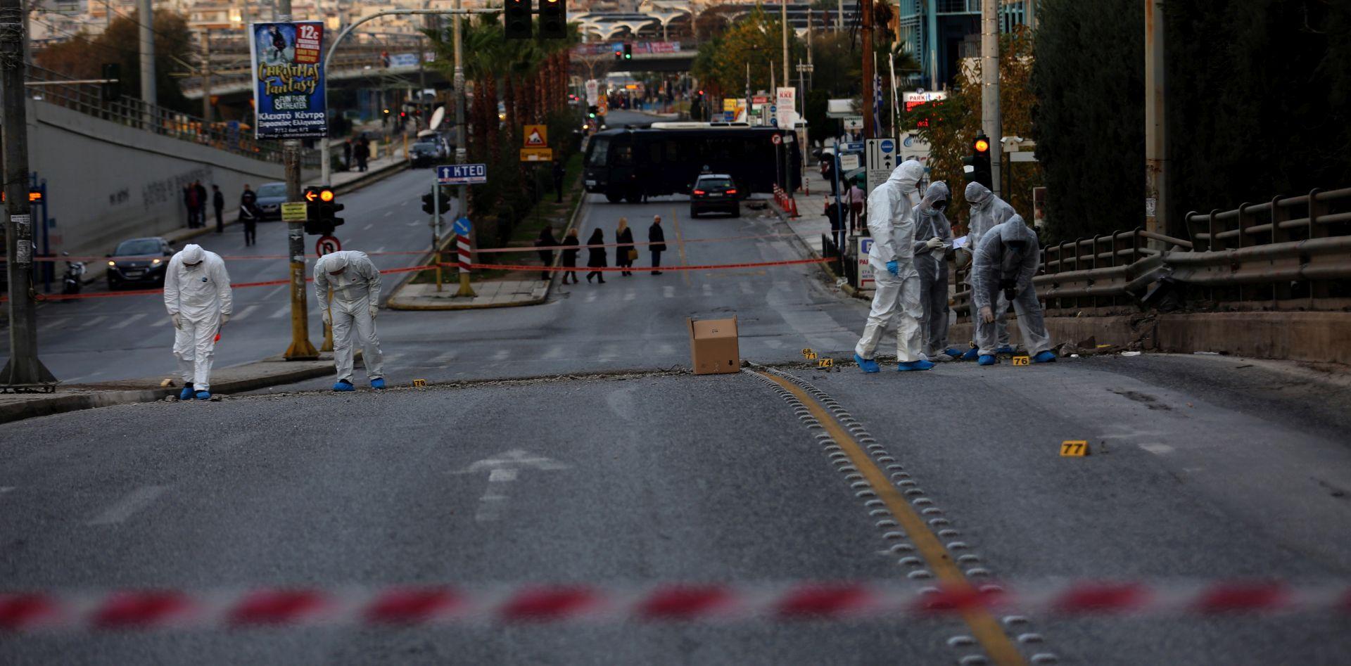 Policajac ranjen u eksploziji u središtu Atene