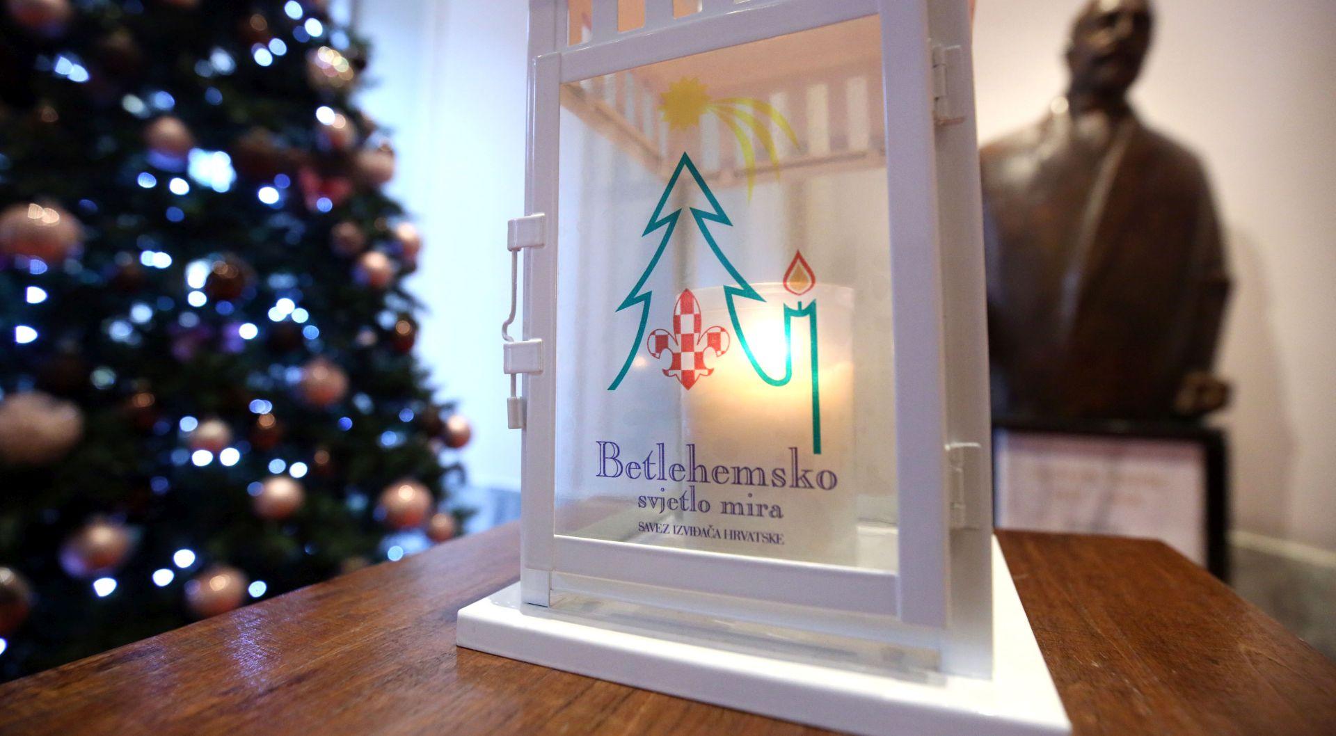 Betlehemsko svjetlo stiglo u Sabor