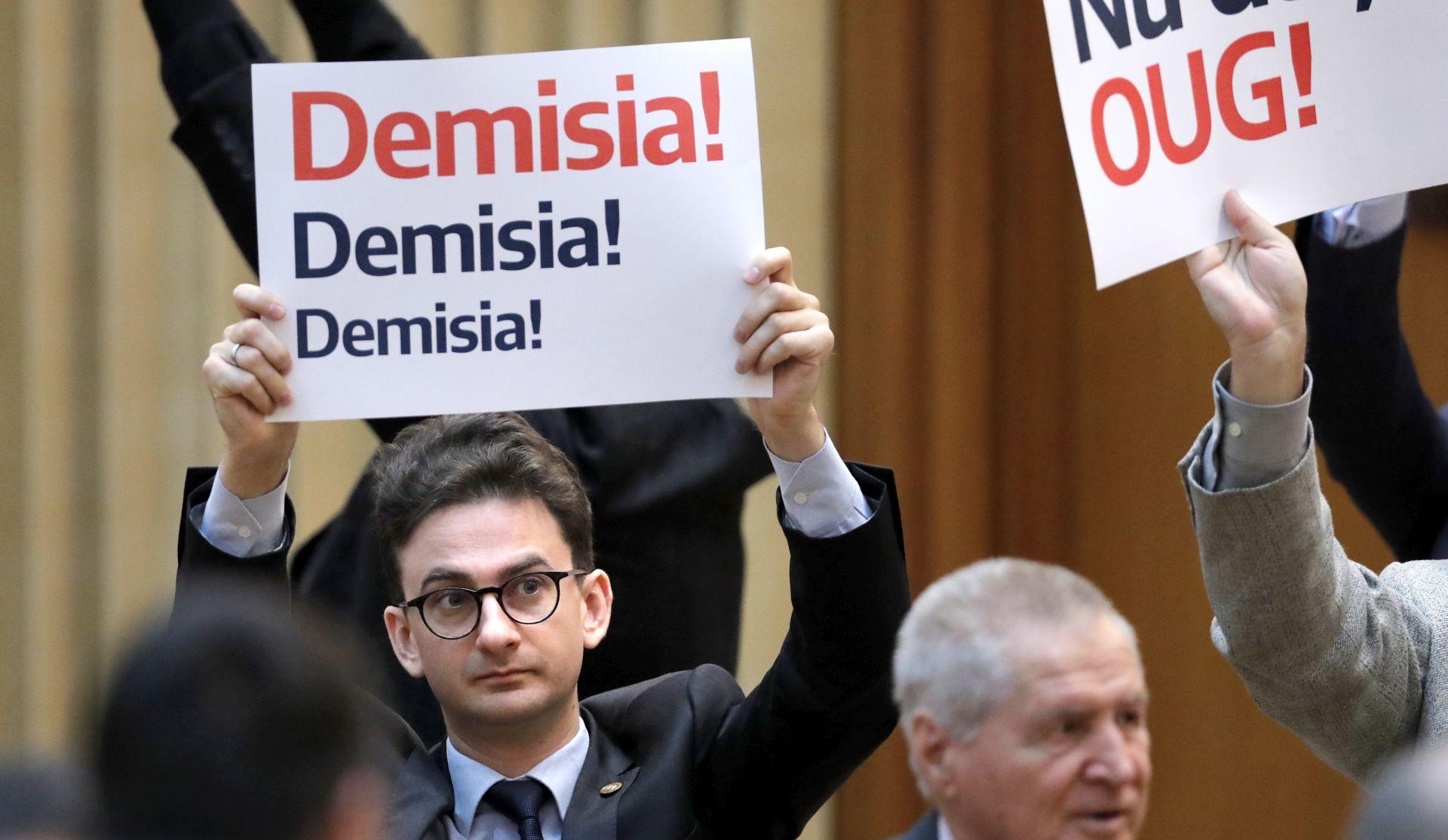 Rumunjska vlada preživjela glasanje o nepovjerenju