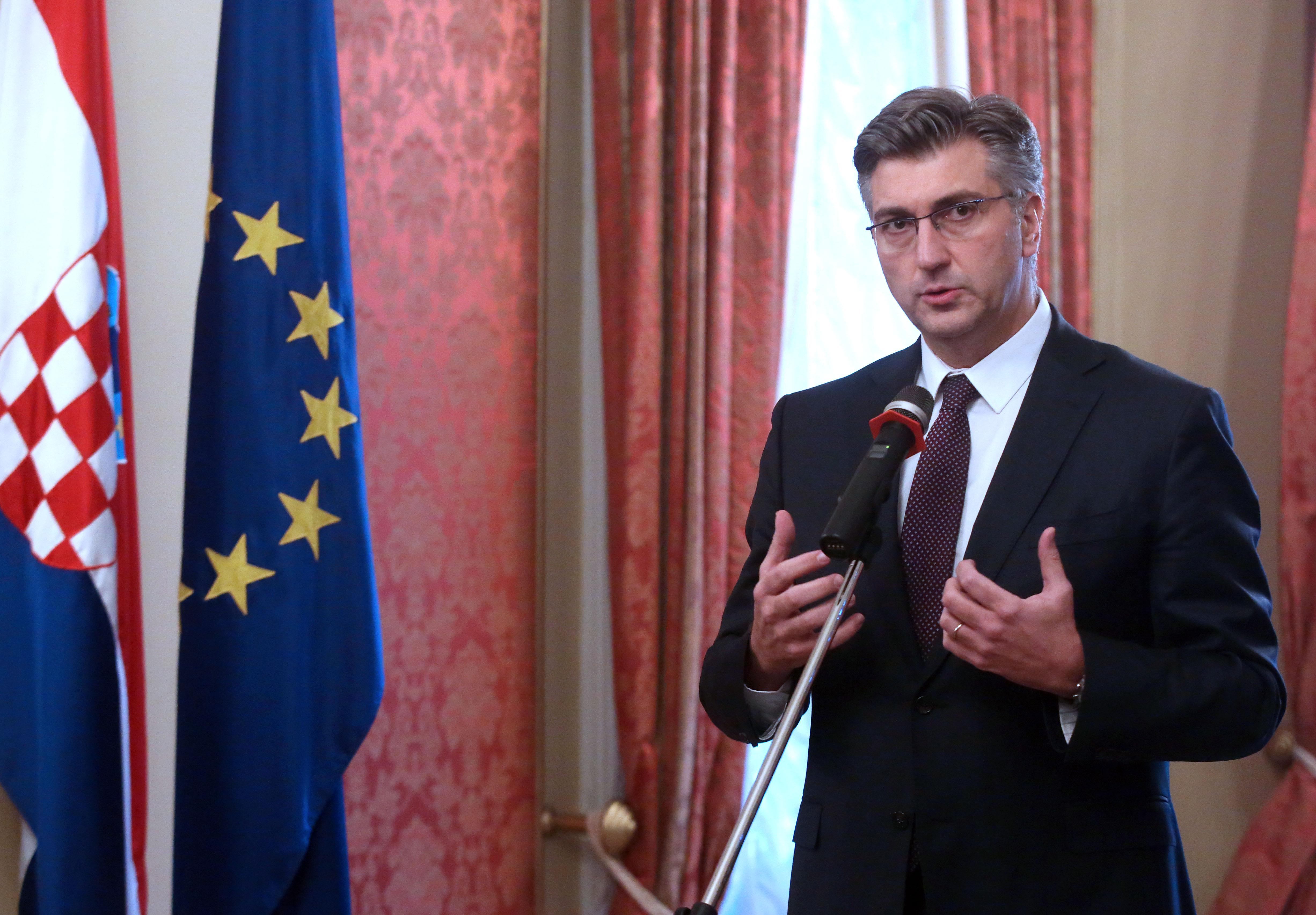 PLENKOVIĆ 'Ako ne budemo mogli kupiti F16 Barak, Vlada će poništiti odluku'