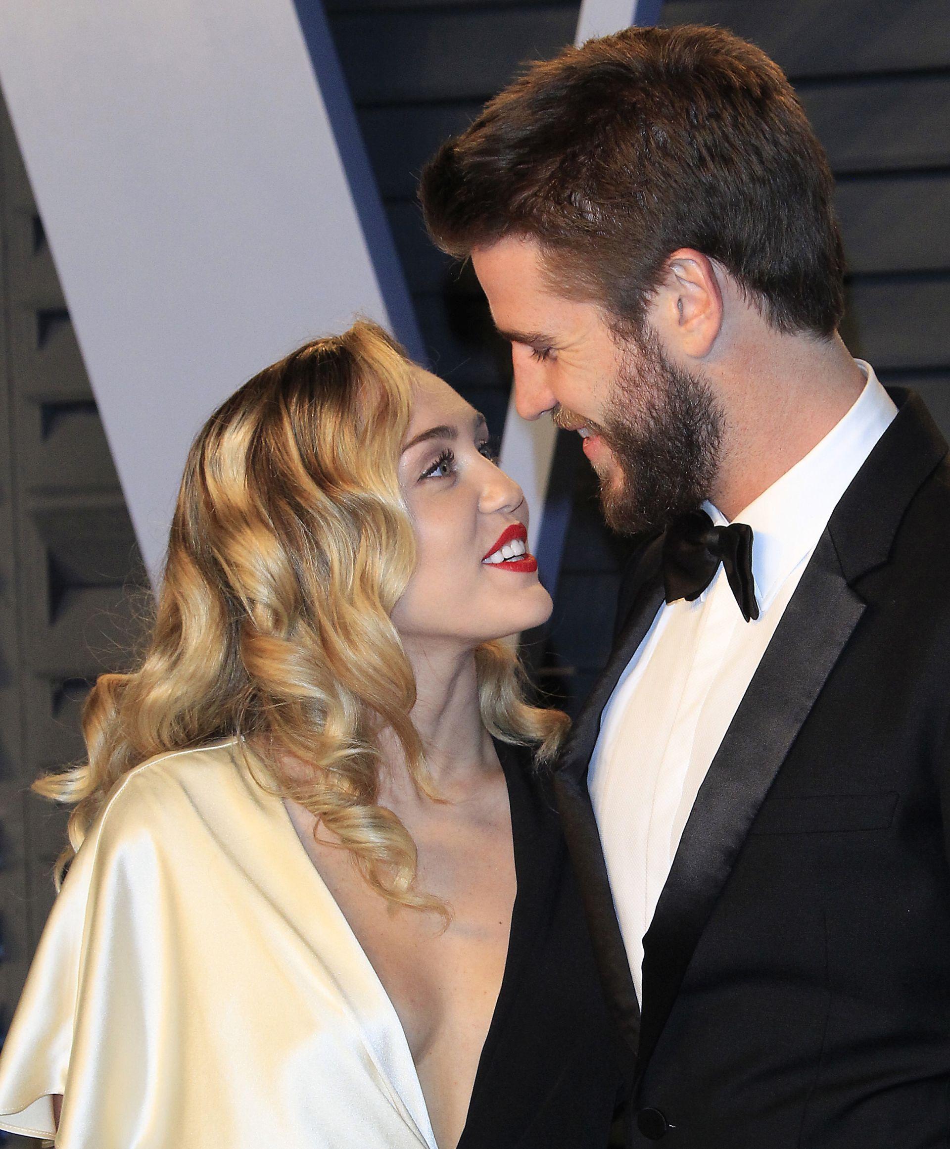 Vjenčali se Miley Cyrus i Liam Hemsworth