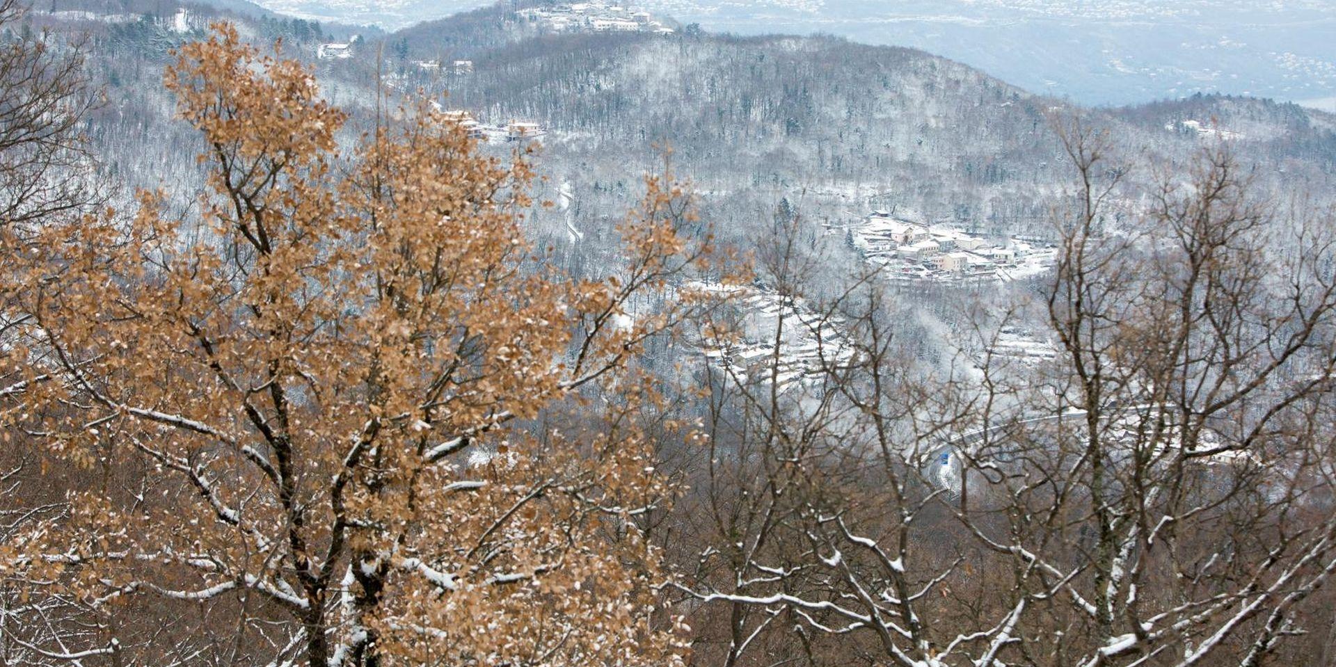 Oblačno, u gorju prijepodne moguć snijeg