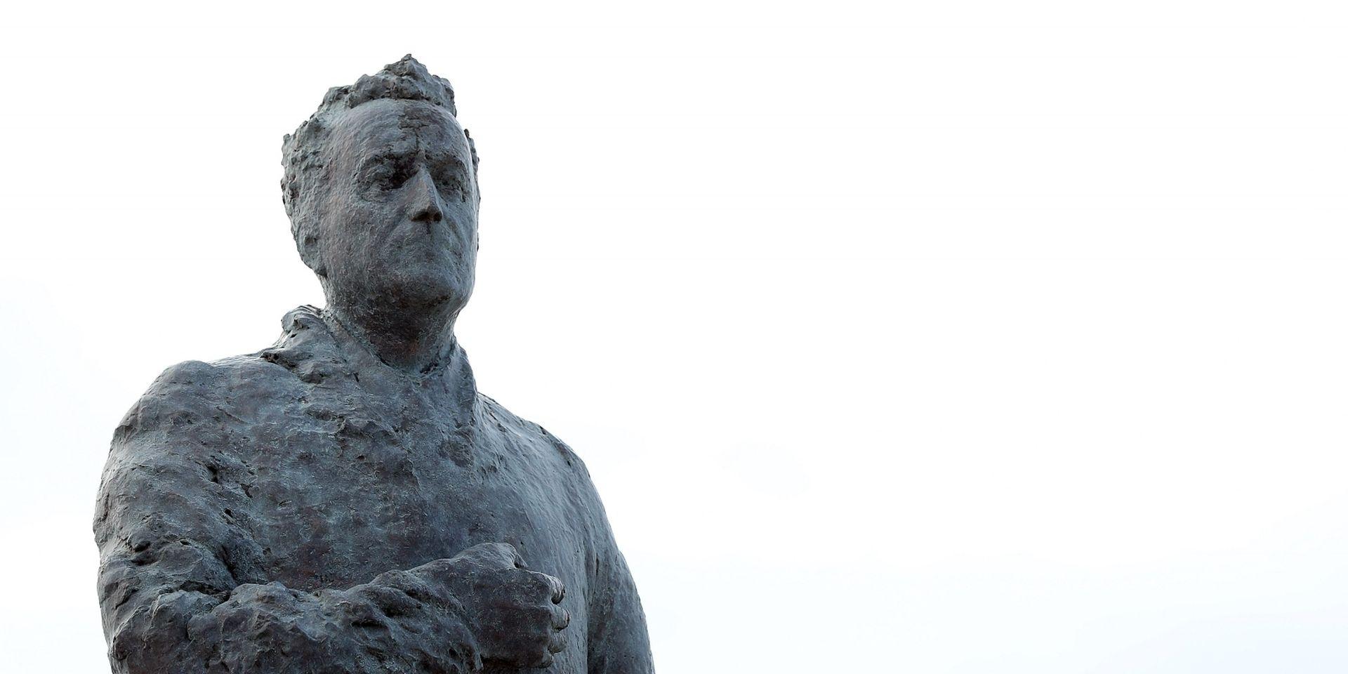 FOTO: U Zagrebu postavljen spomenik Franji Tuđmanu