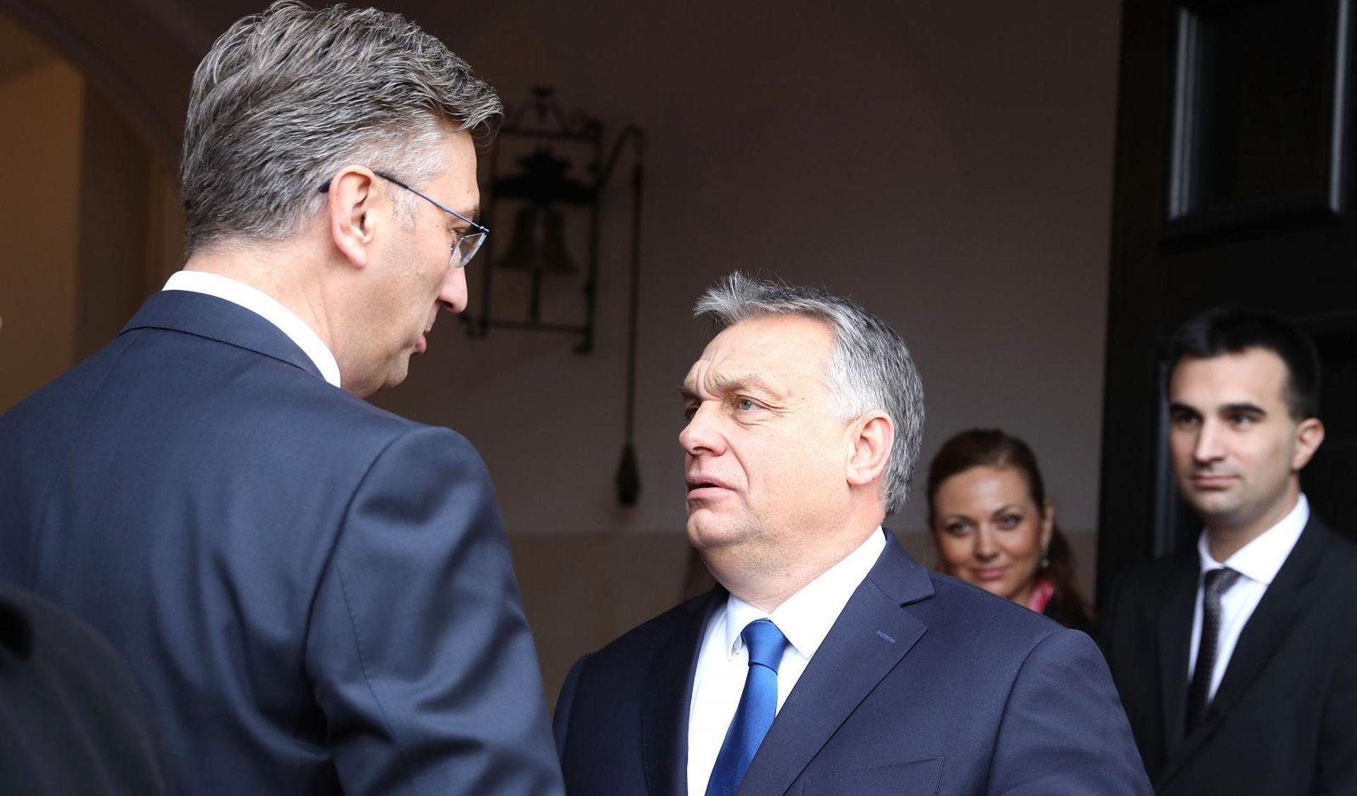 'MOL je prisilio Vladu da bira između riječke i sisačke rafinerije'