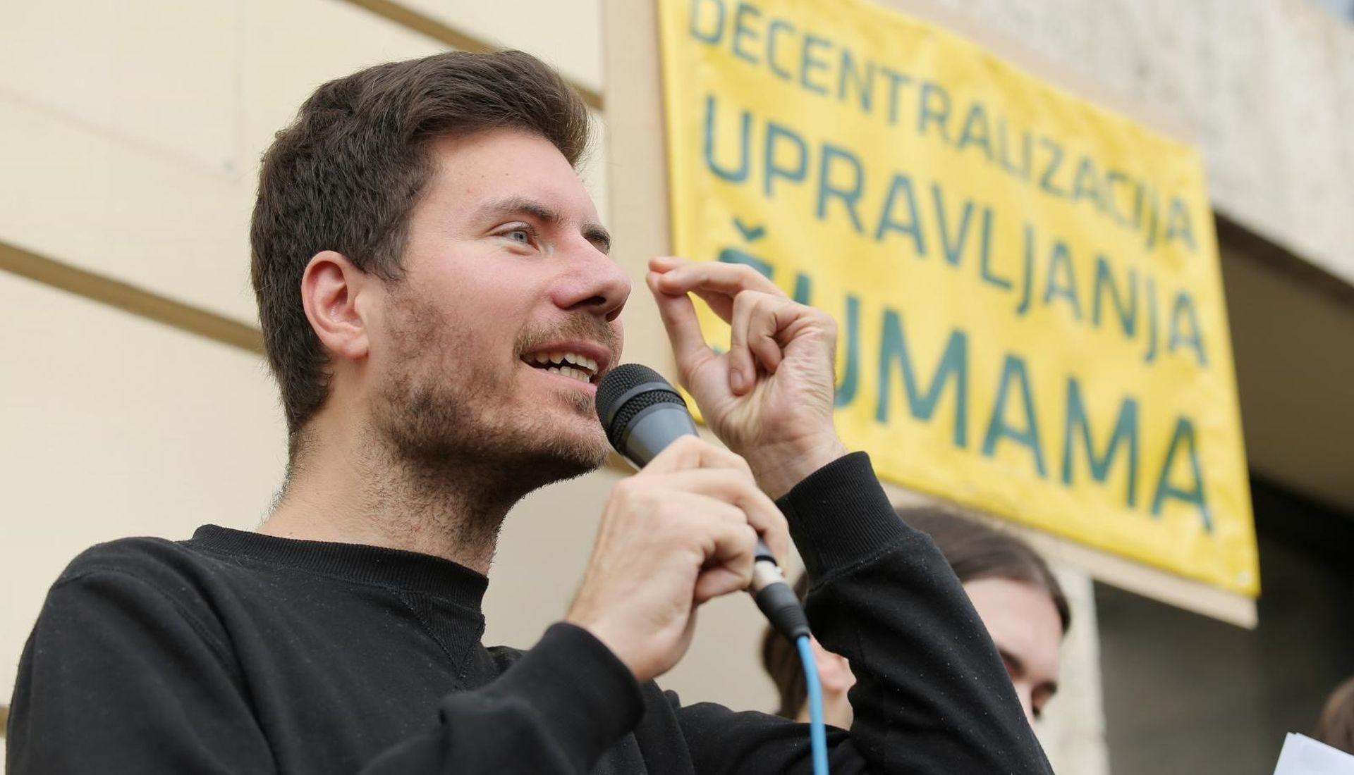POVJERENSTVO Pernarov sat pripada Republici Hrvatskoj