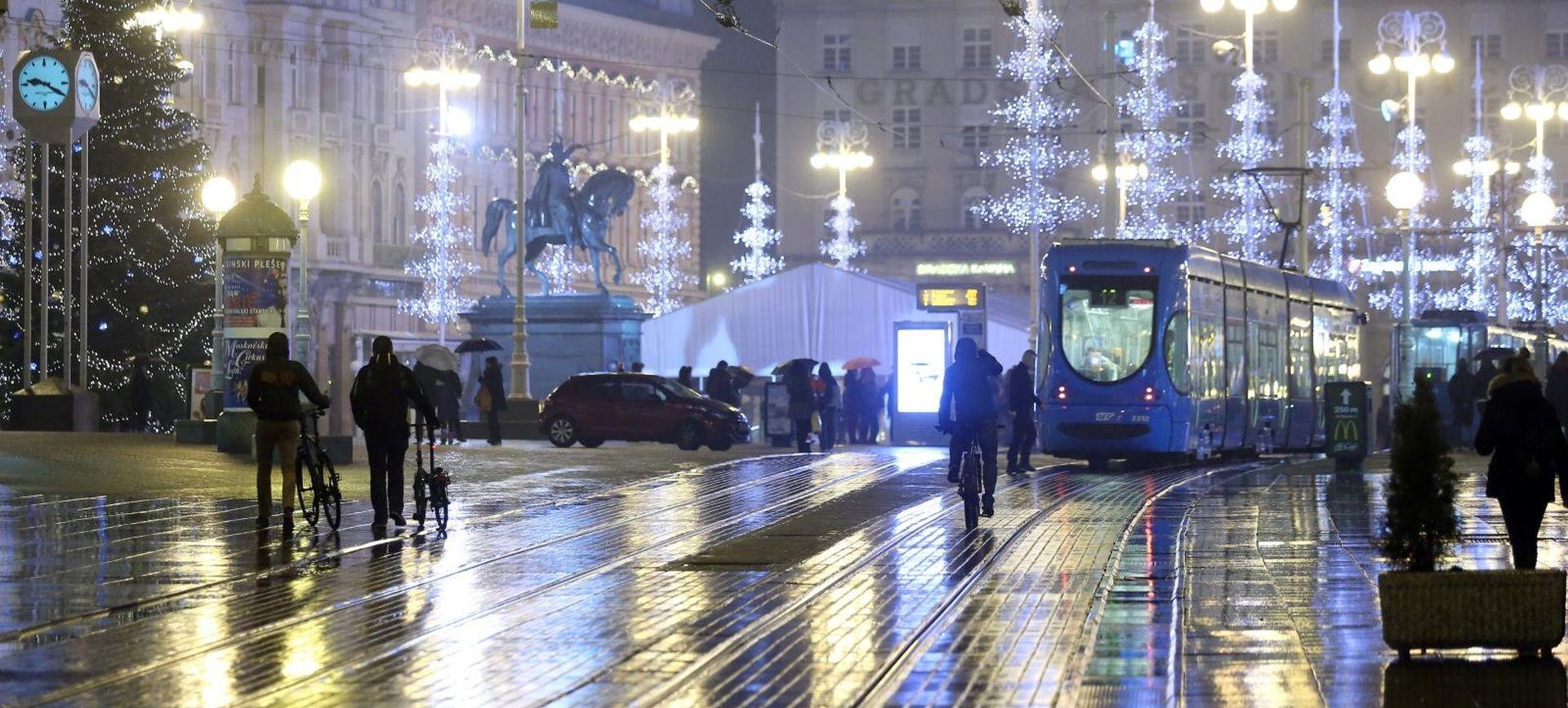 Tramvaji večeras ne voze preko Trga bana Jelačića