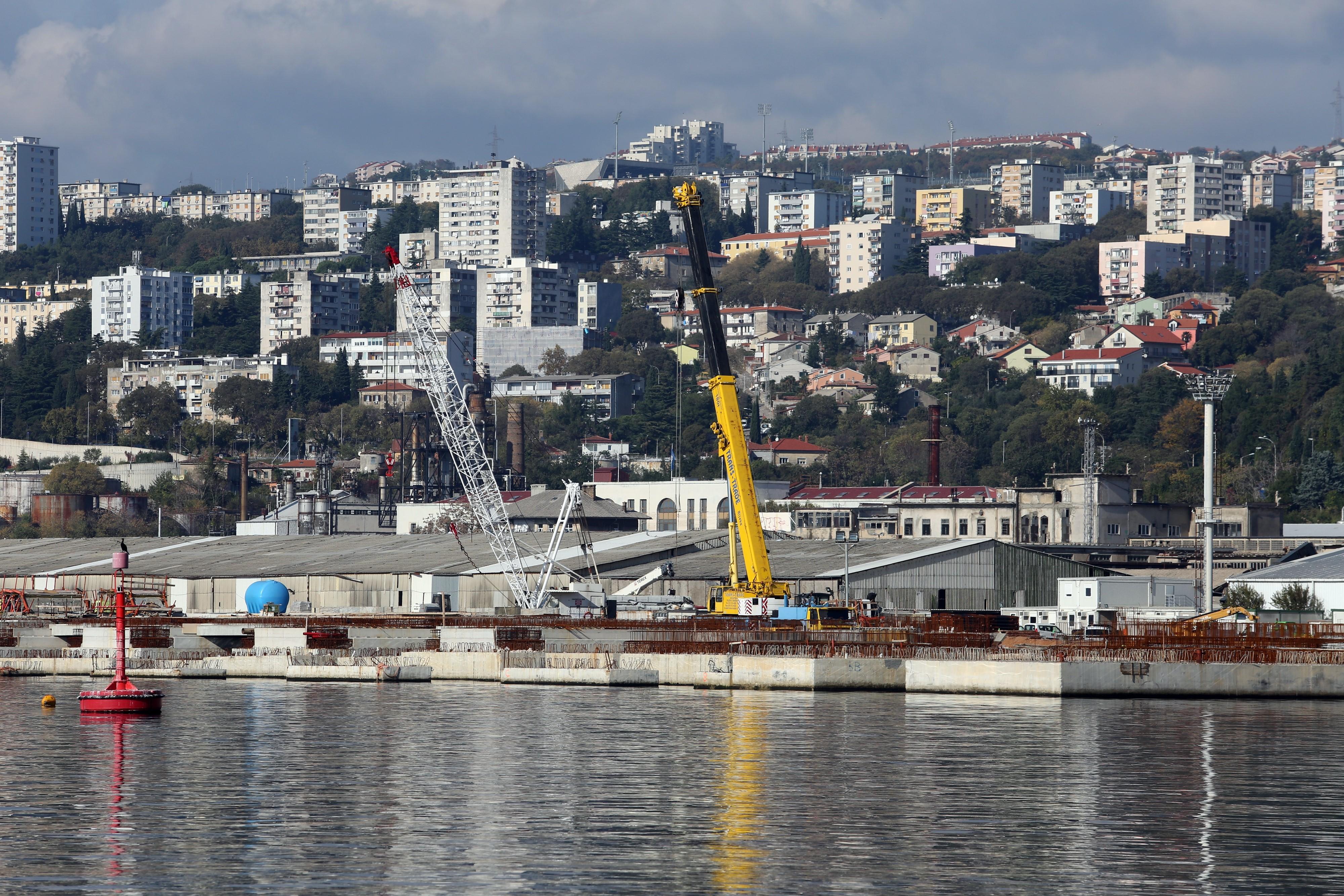 Osigurano 520 miljuna kuna za cestu do novog riječkog deepsea kontejnerskog terminala