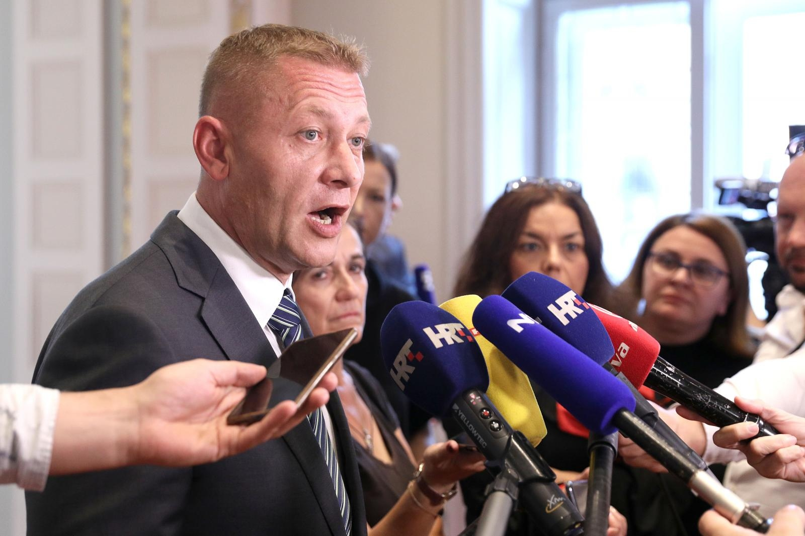 Beljak zbog potpore Bandiću Ćorića izbacio iz stranke