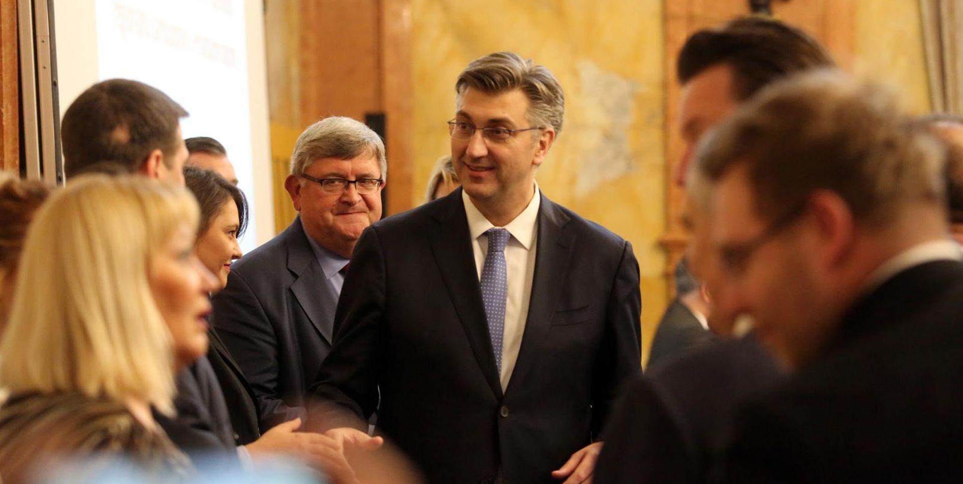 """PLENKOVIĆ """"Suradnja sa županijama postala sustavna, otvorena i partnerska"""""""