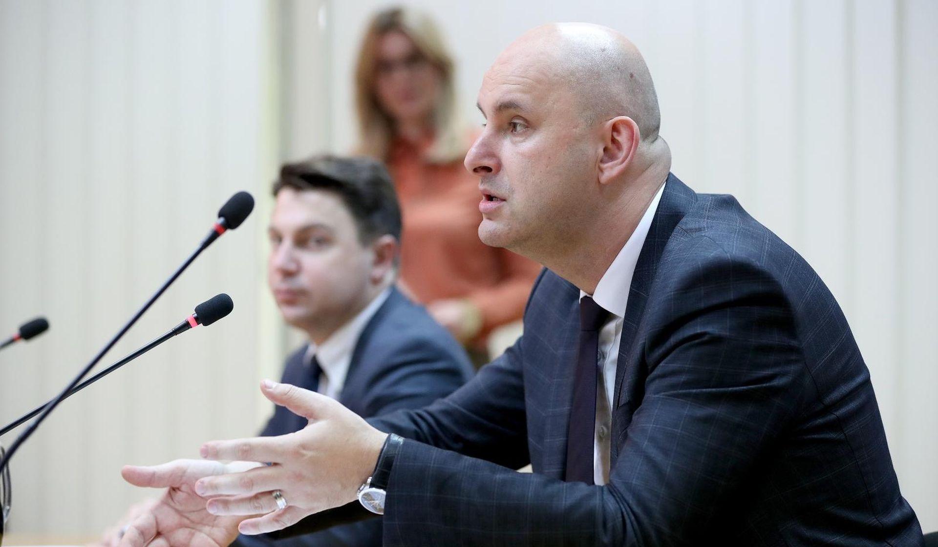 Ministarstvo raskinulo ugovor s djelatnicom povezanom s aferom SMS