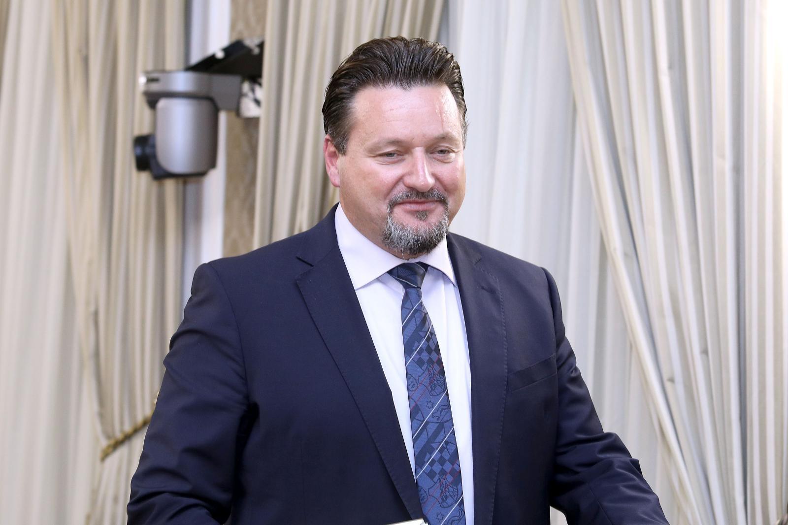 KUŠČEVIĆ 'Odluka Povjerenstva nije Sveto pismo, podržavam Marića'