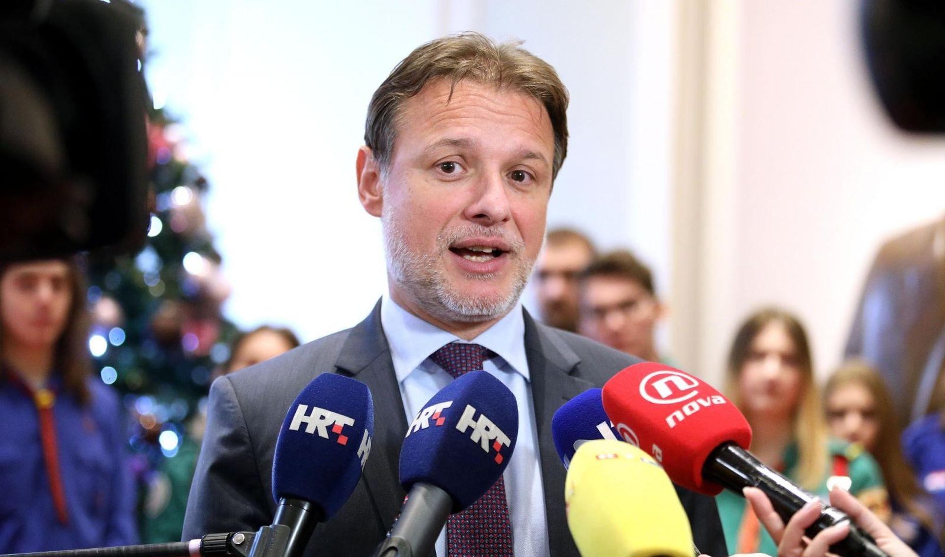 """JANDROKOVIĆ """"Nužna dobra suradnja premijera i predsjednice"""""""
