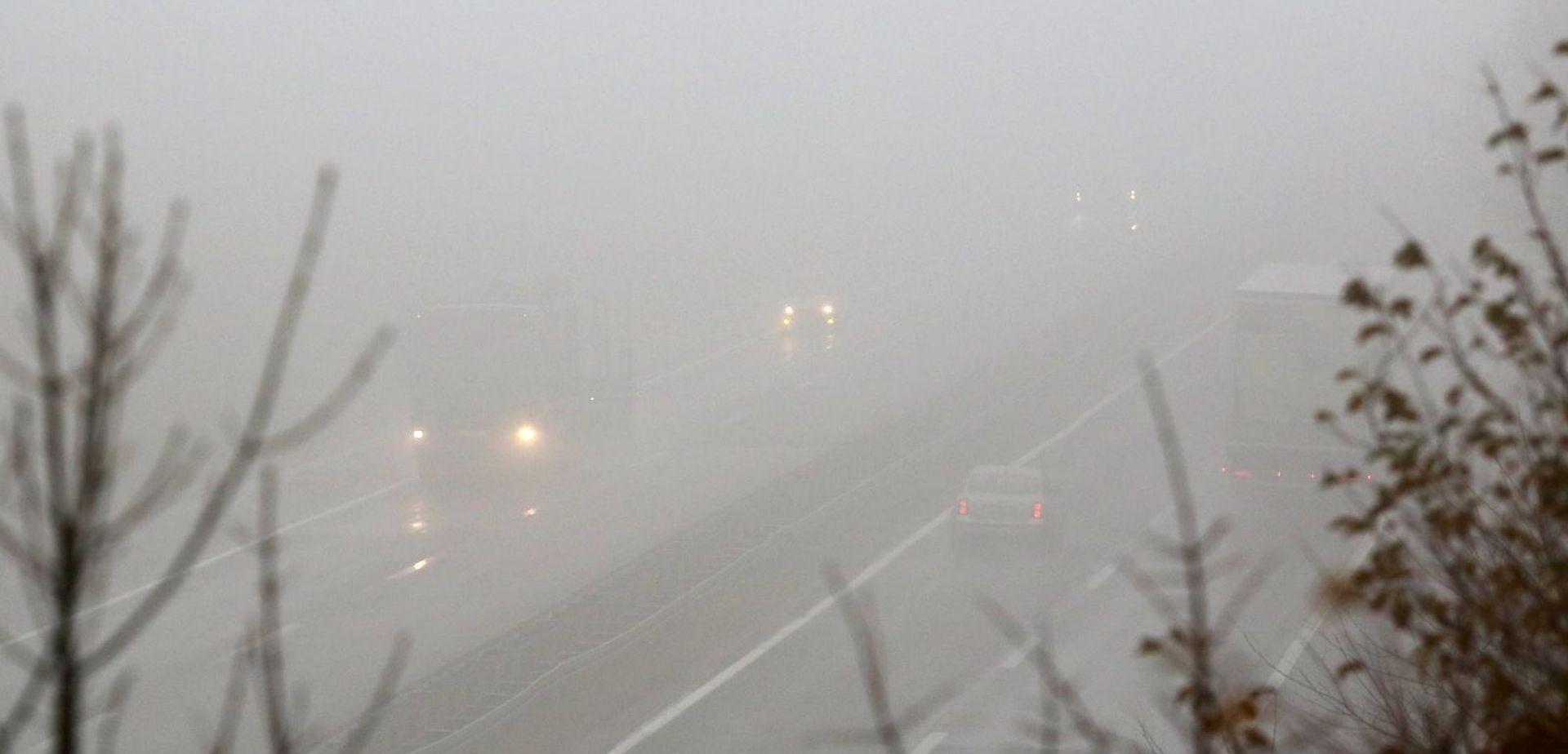 Magla smanjuje vidljivost, moguća poledica