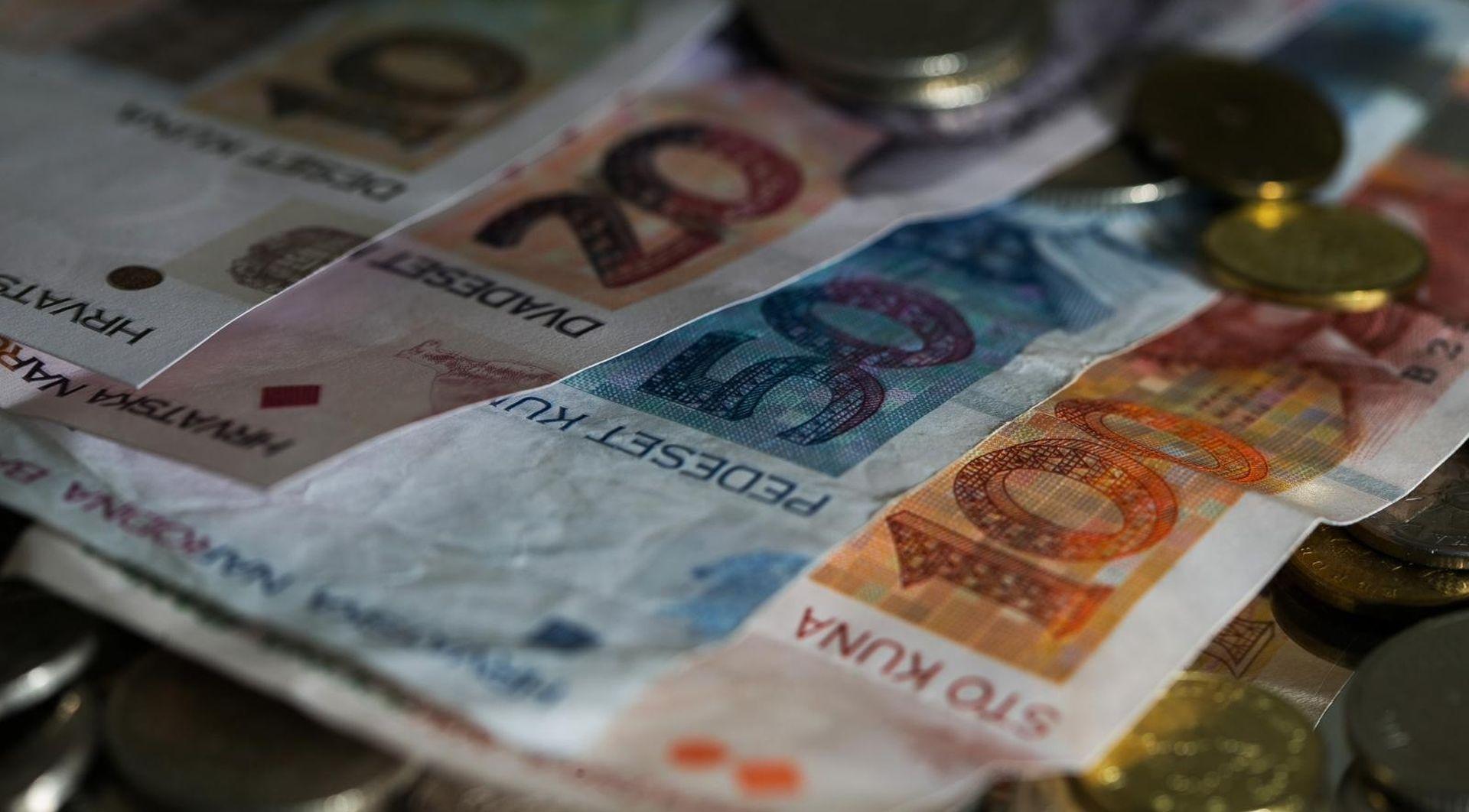 DZS Prosječna neto plaća za listopad 6.281 kuna