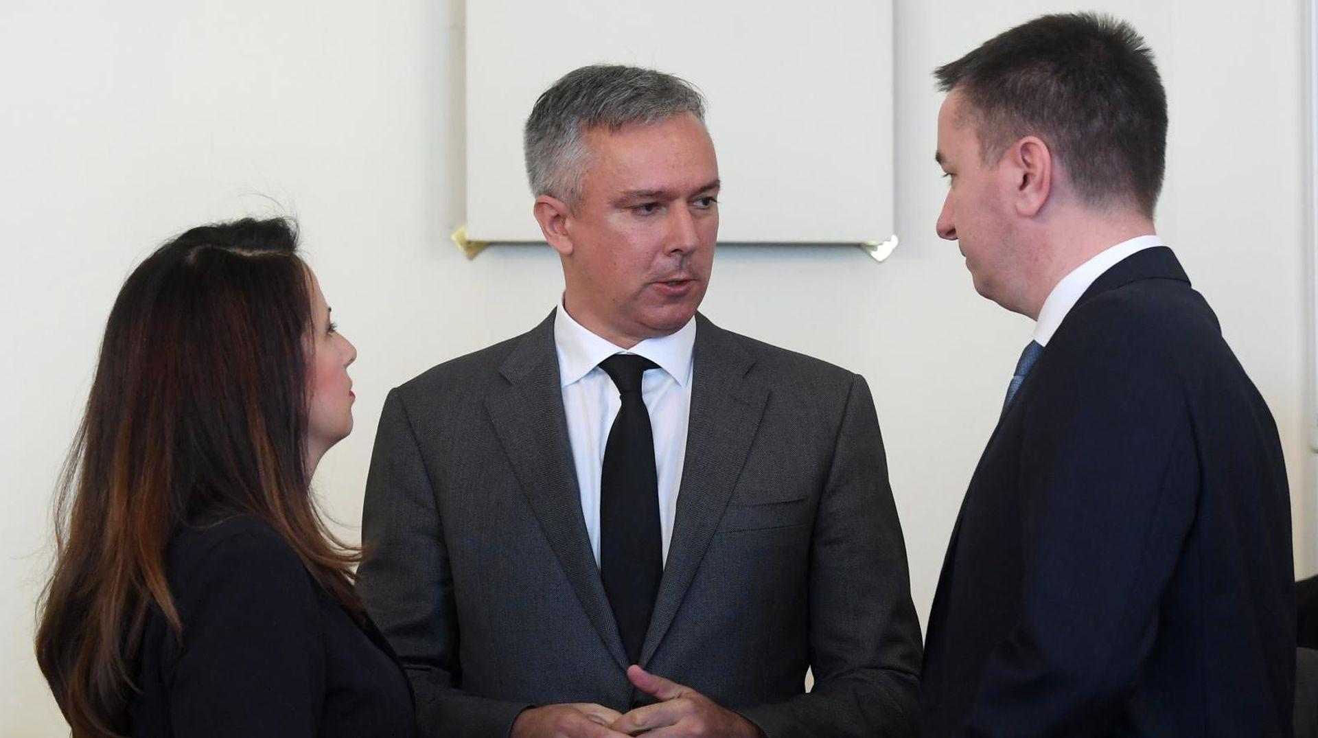 """KOSOR """"Ako glasate protiv odluka stranke, više niste član"""""""