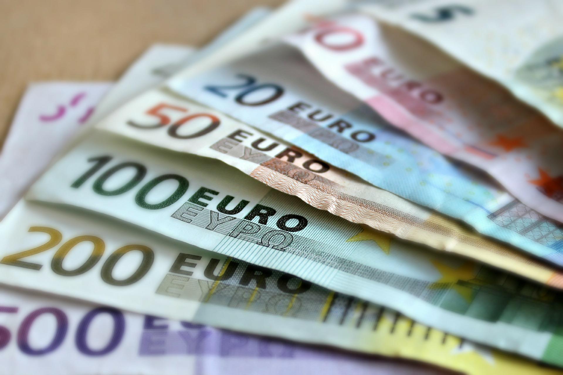 SLOVENIJA Od 2019. minimalna plaća 667 eura