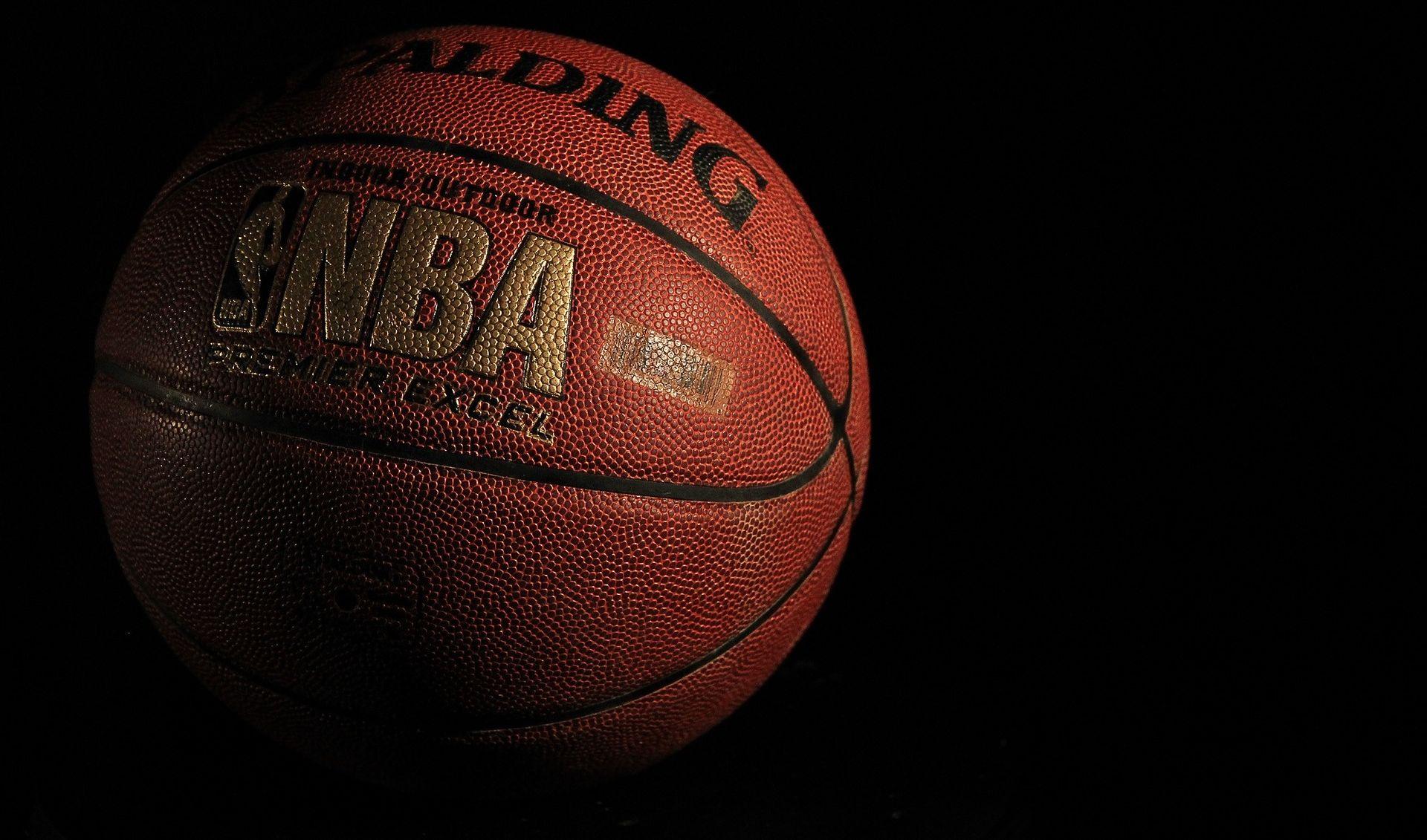 "NBA Treći ""triple-double"" Antetokounmpa, a Harden opet iznad 40 koševa"