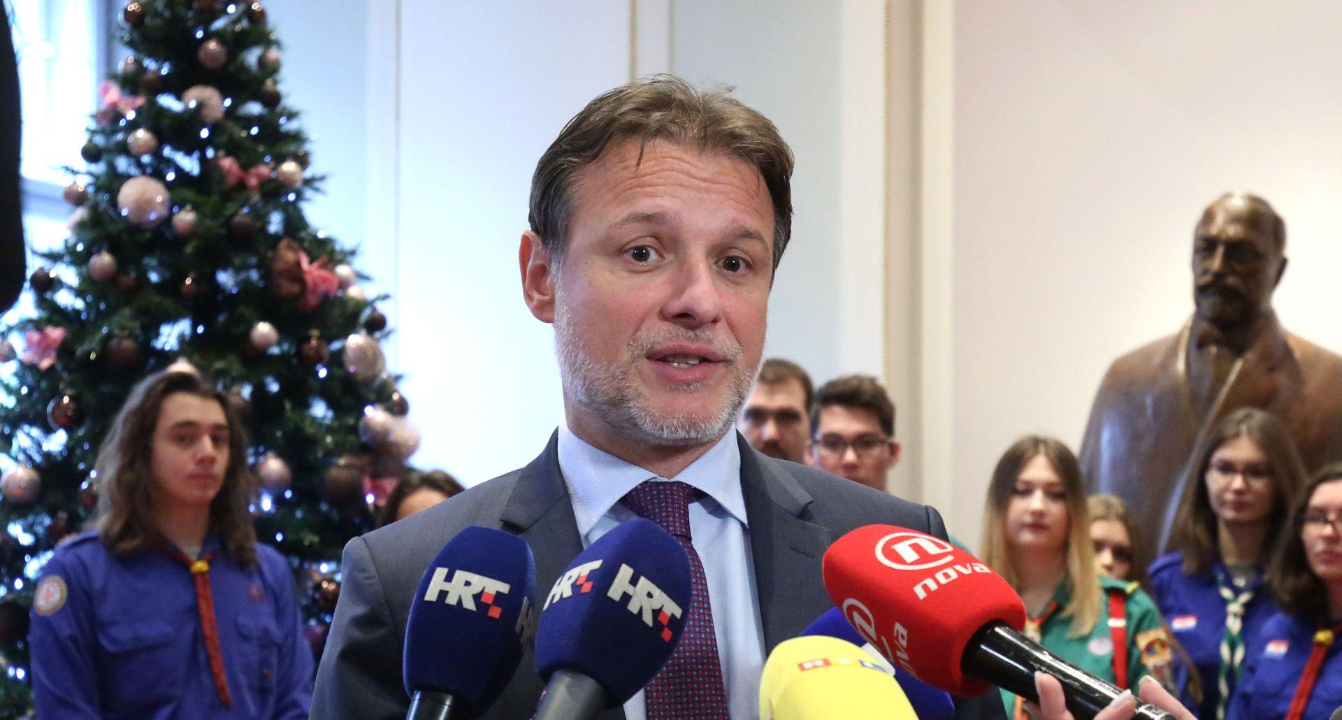 """JANDROKOVIĆ """"Nema rekonstrukcije Vlade"""""""