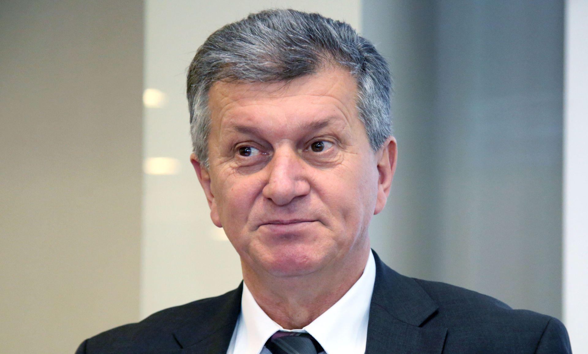 """Kujundžić: """"Pokušat ću sa sindikatom dogovoriti isplatu duga liječnicima"""""""