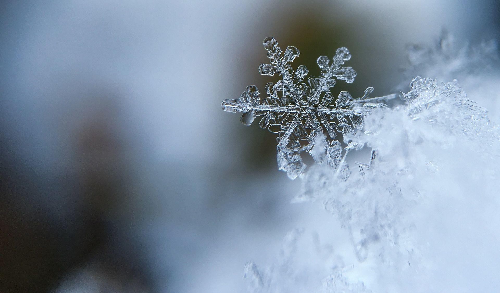 Oblačno uz kišu i snijeg, izdana upozorenja za cijelu zemlju
