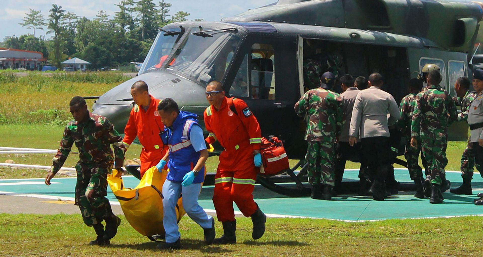 Strahuje se za sudbinu 4 osobe u medicinskom helikopteru
