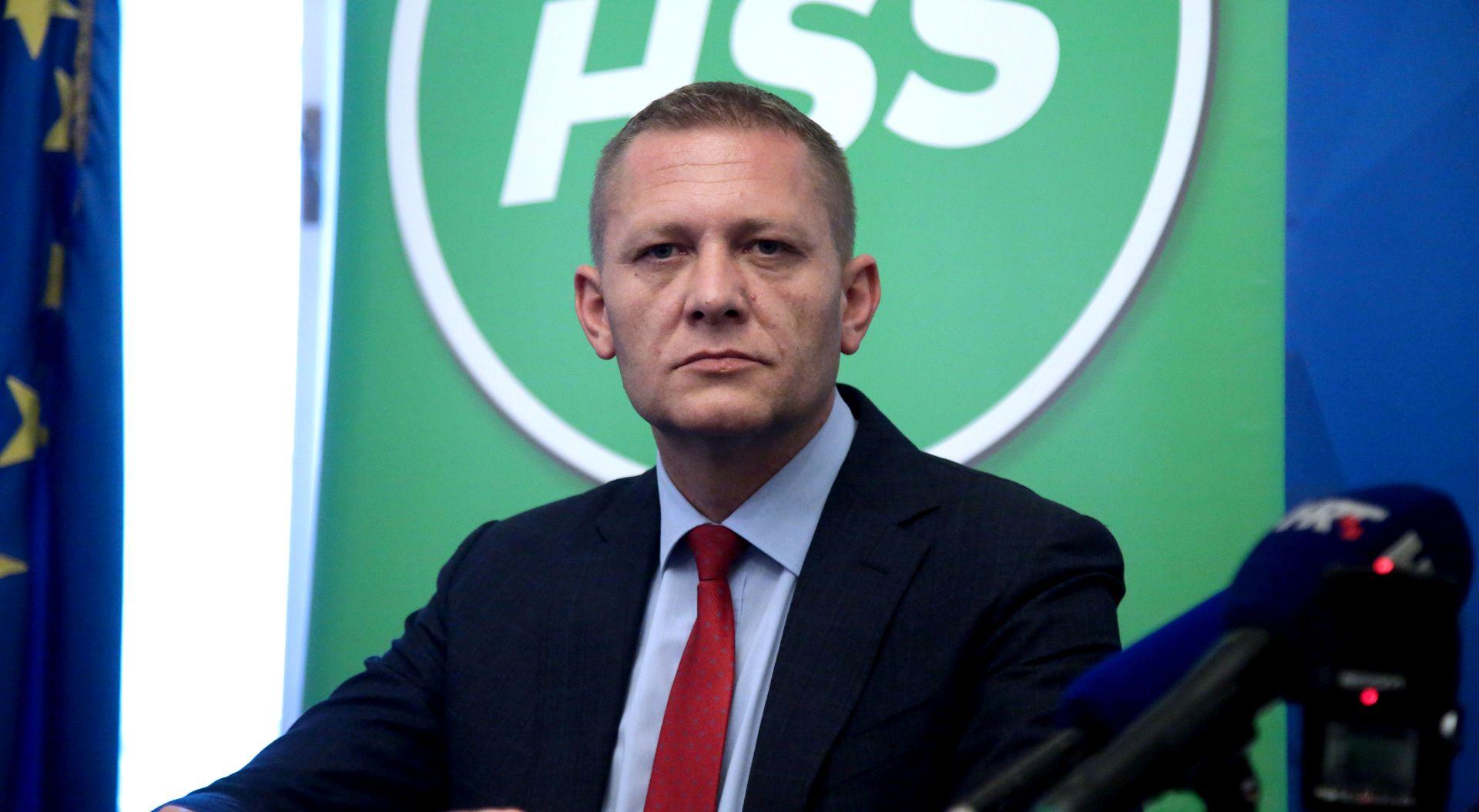 Madjer napustio HSS i prešao Bandiću
