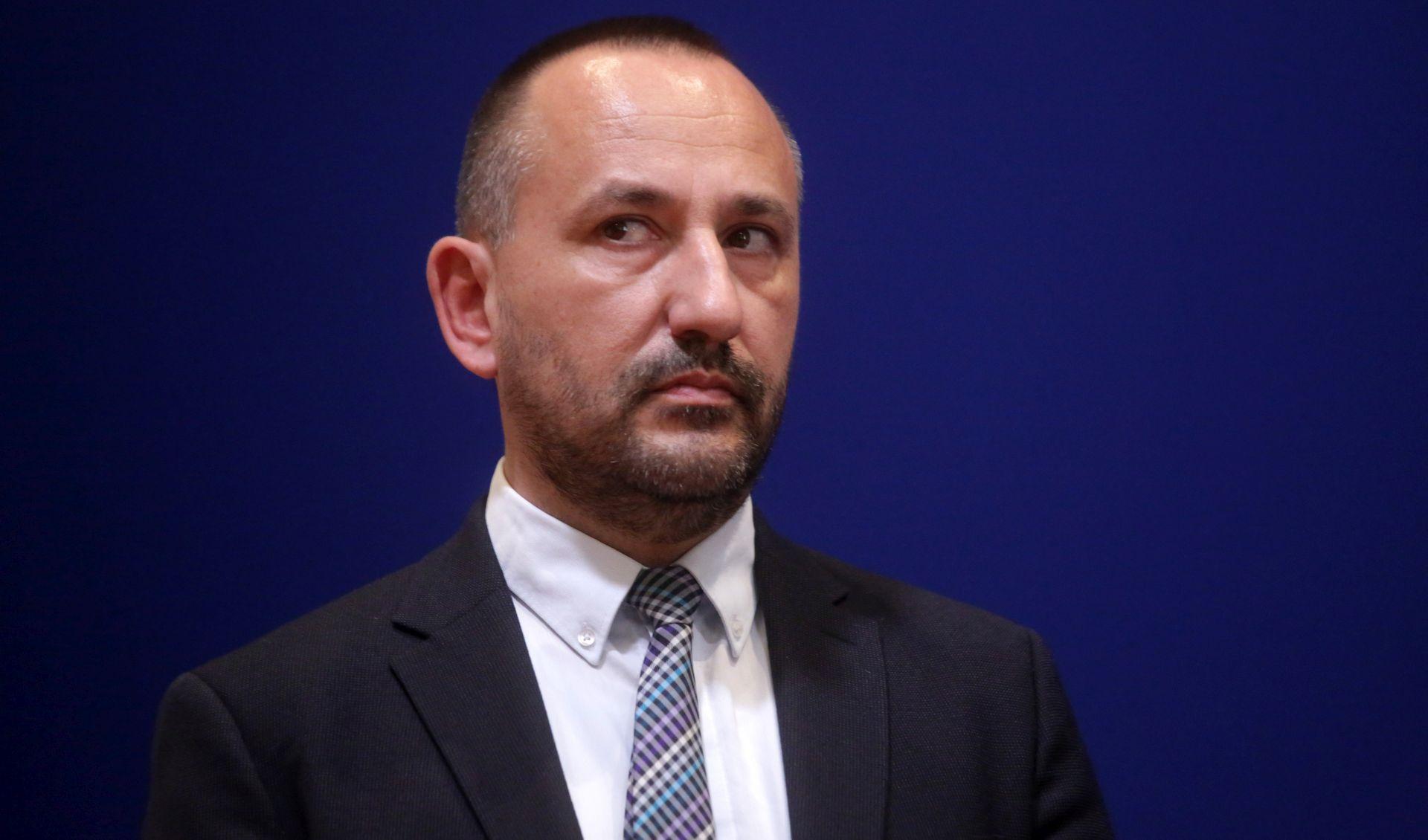 """ZEKANOVIĆ """"Pupovac se treba očitovati o govoru mržnje u tjedniku Novosti"""""""
