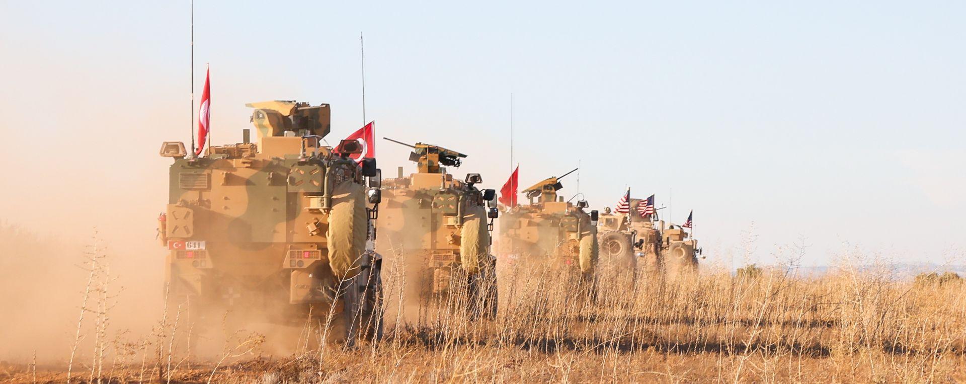 SAD: Ne postoji vremenski okvir za povlačenje iz Sirije