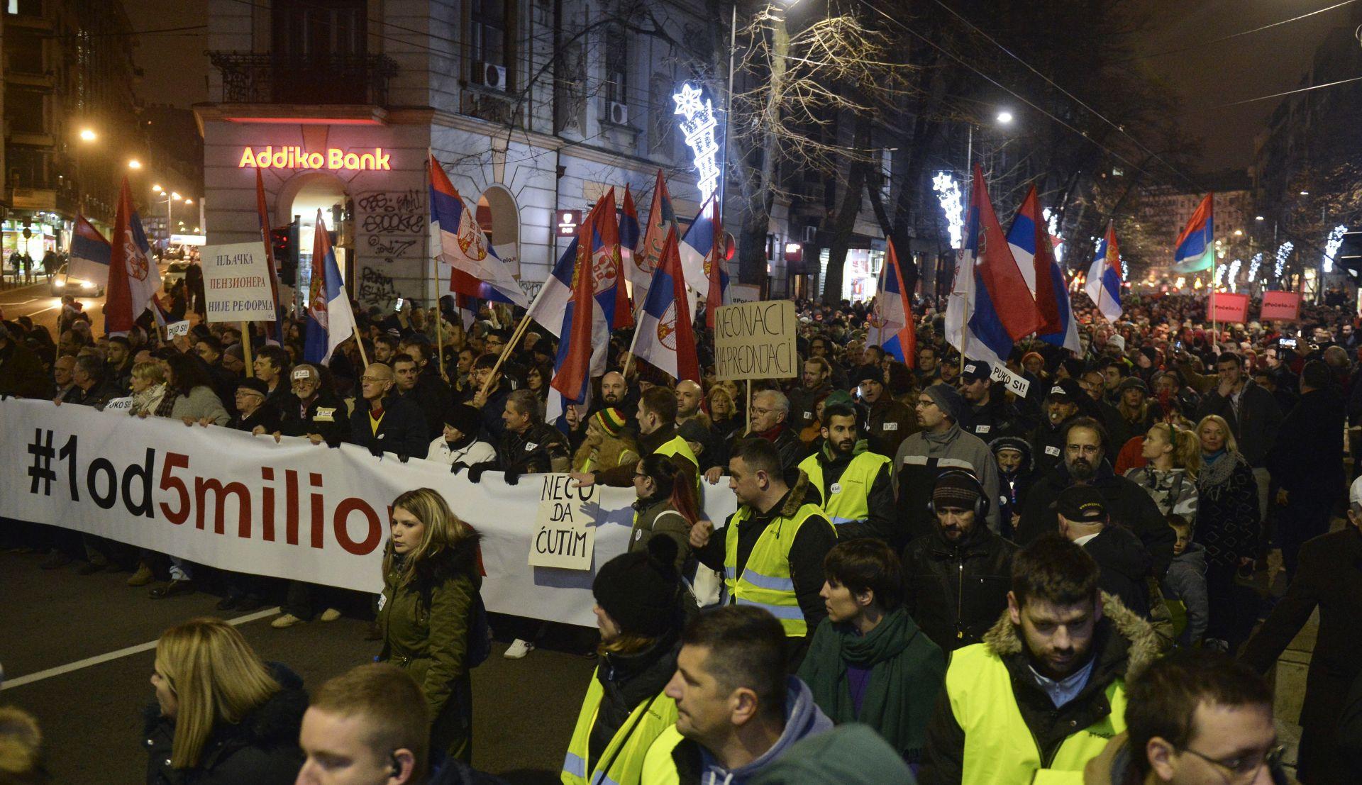 'Narodu u Srbiji je prekipjelo a iza prosvjeda ne stoji oporba'