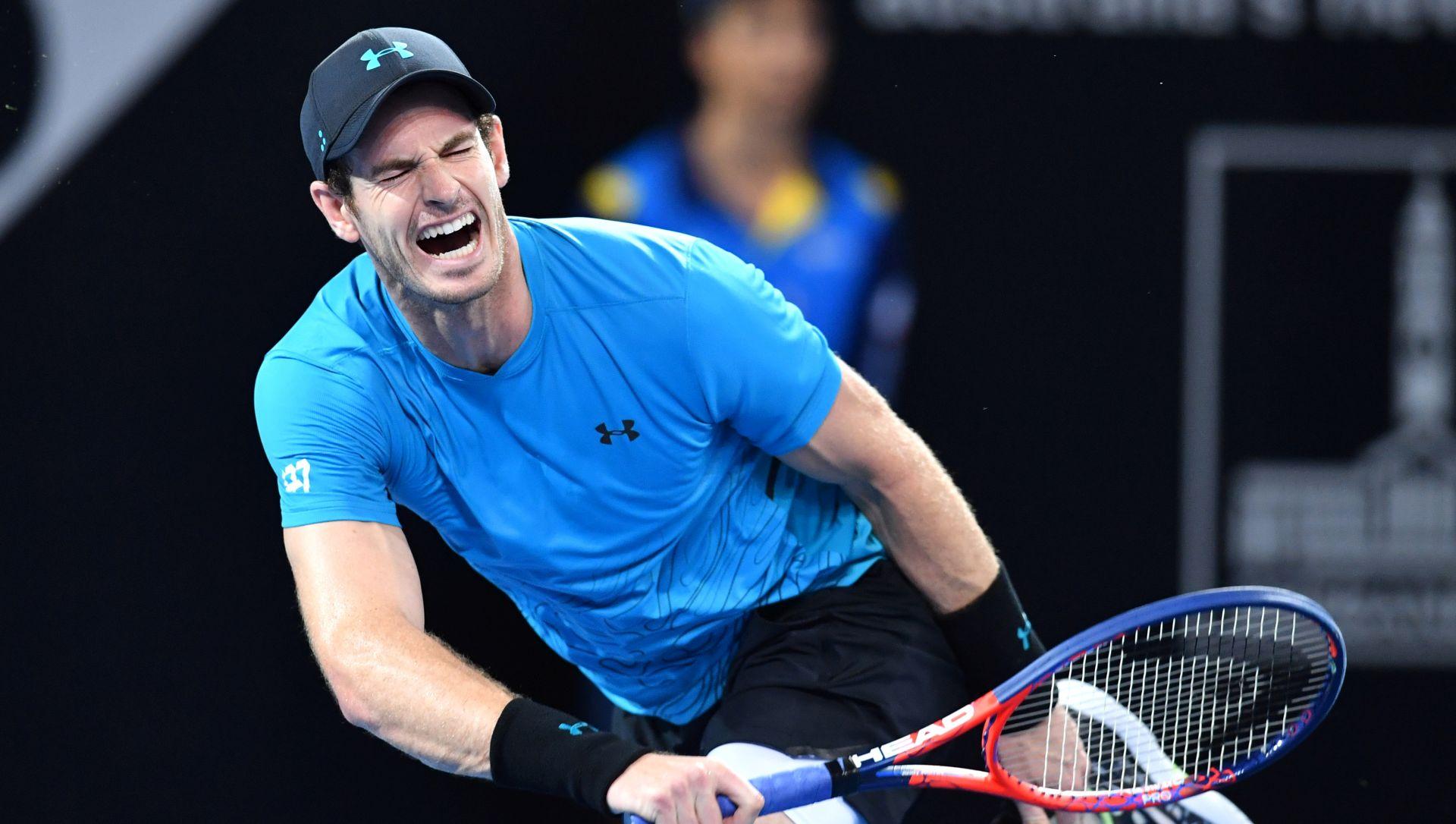 Andy Murray operirao kuk
