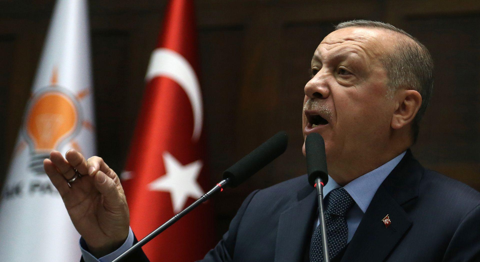 Turska uhitila 100 vojnika osumnjičenih za povezanost s Gulenom