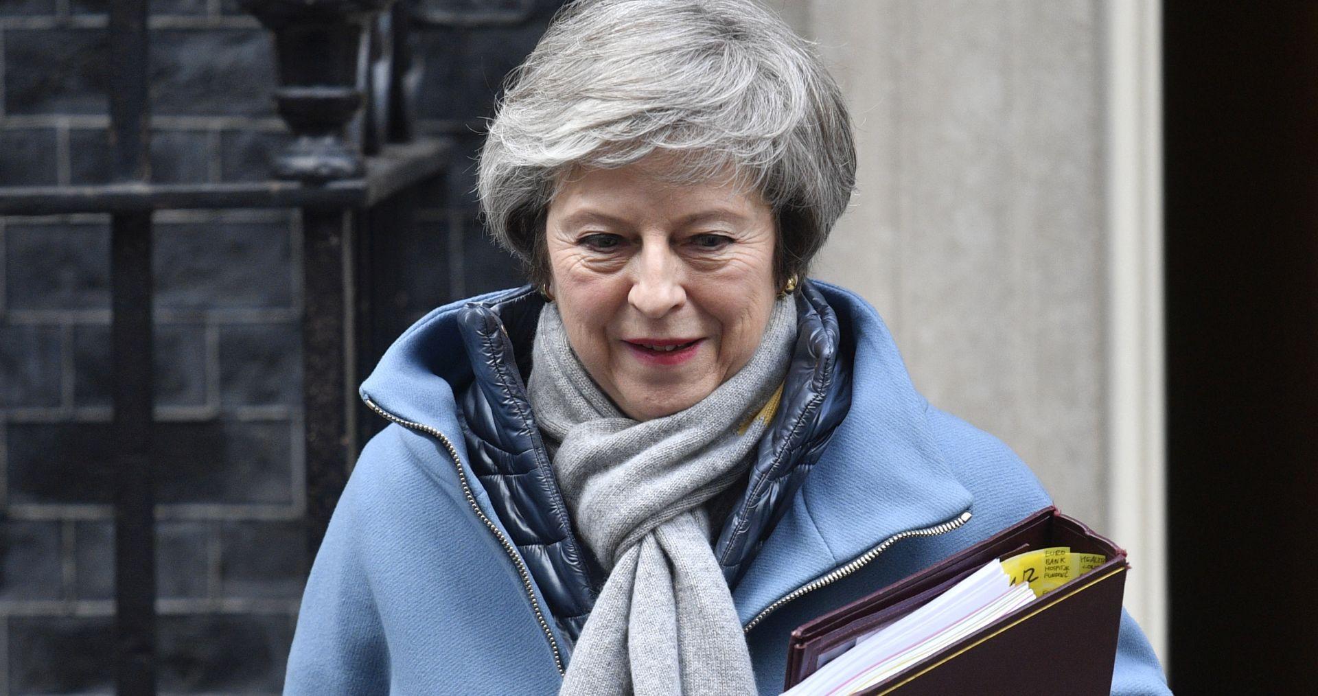 """MAY """"Blokada Brexita vjerojatnija od izlaska iz EU bez dogovora"""""""