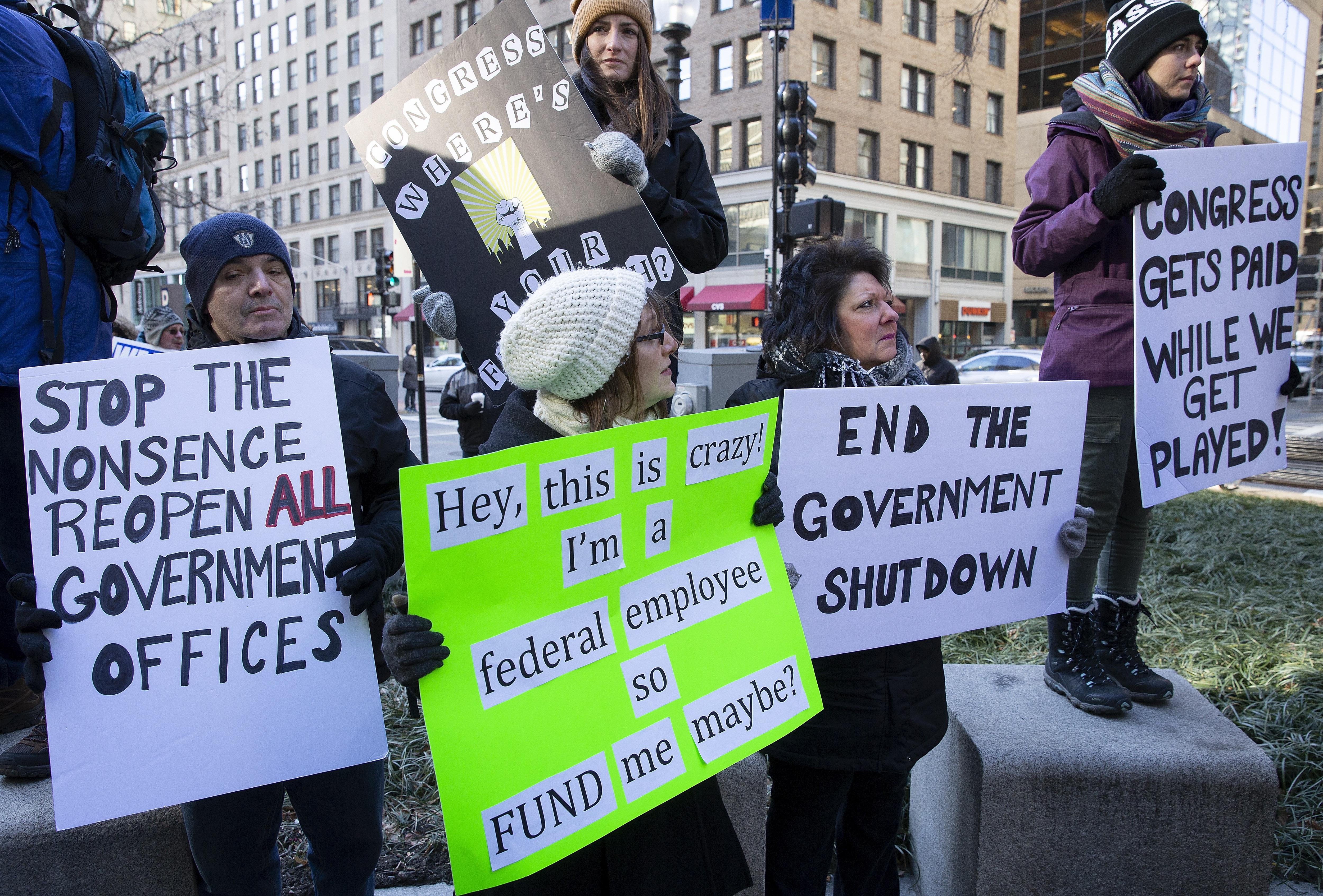 Blokadi američke državne uprave ne nazire se kraj