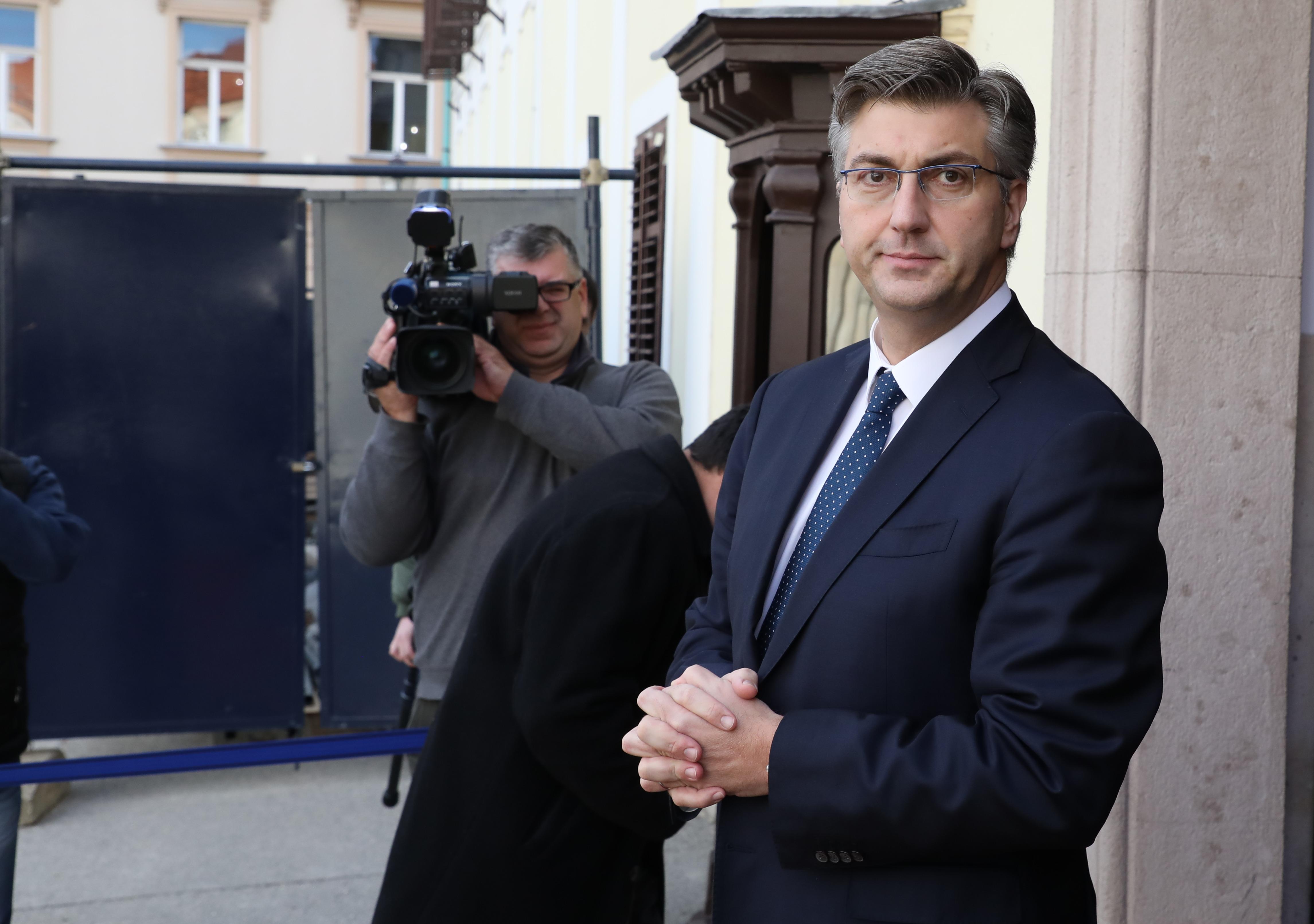 PLENKOVIĆ 'Penava razumije da je suradnja s SDSS-om strateški interes'