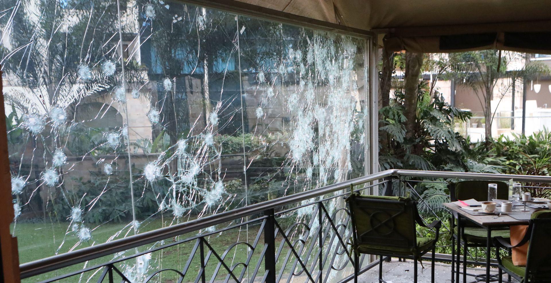 Naoružani napadači ubili 15 ljudi u kenijskom hotelskom kompleksu