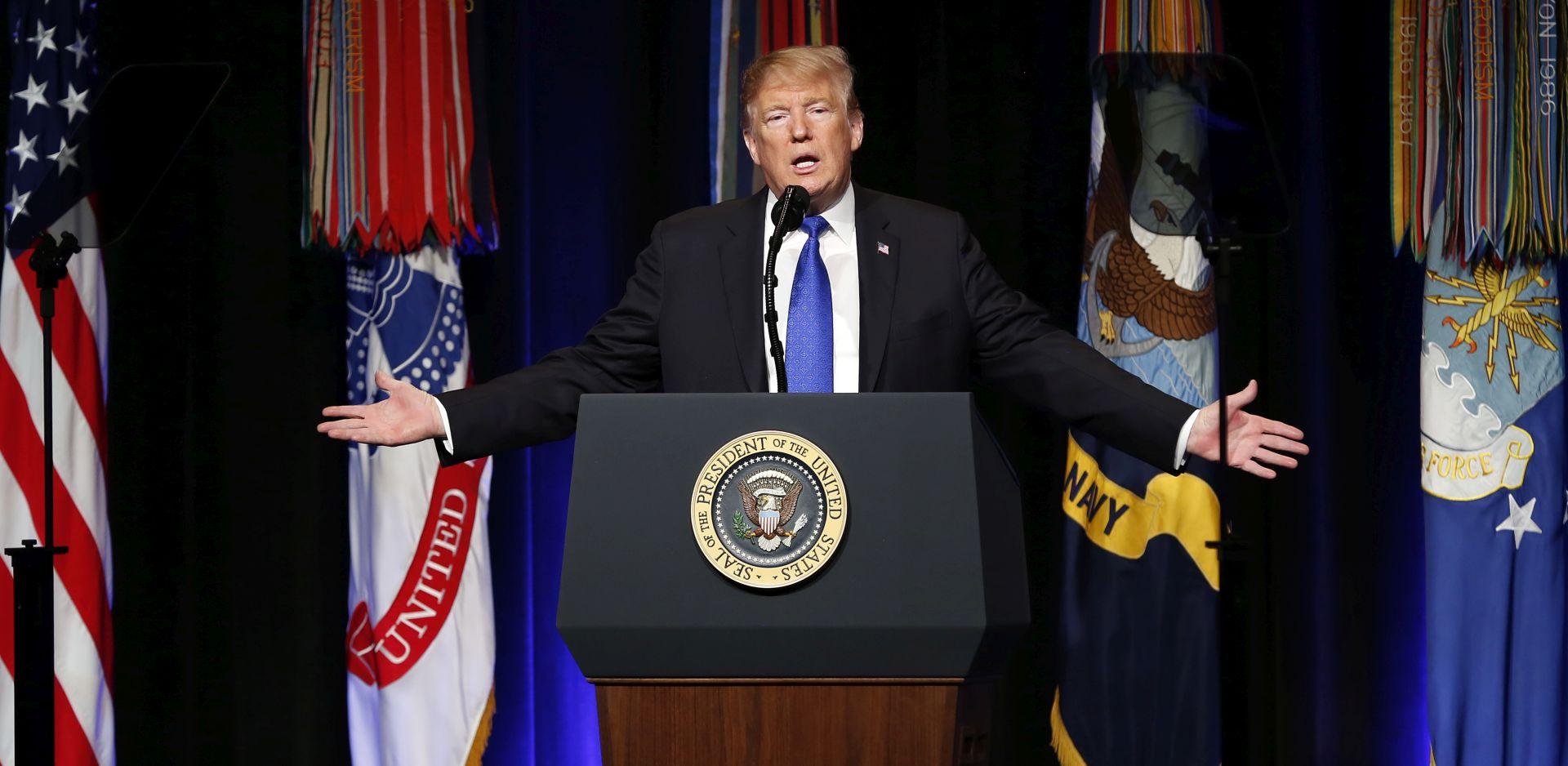 Trump nominiran za Zlatnu malinu