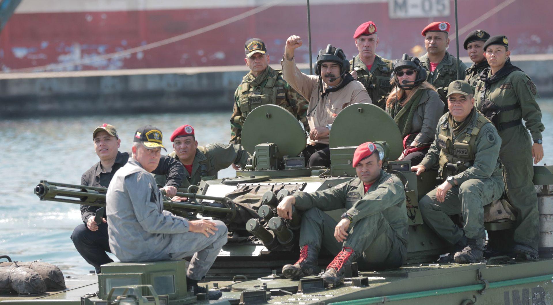 SAD poziva venezuelsku vojsku na mirnu tranziciju,