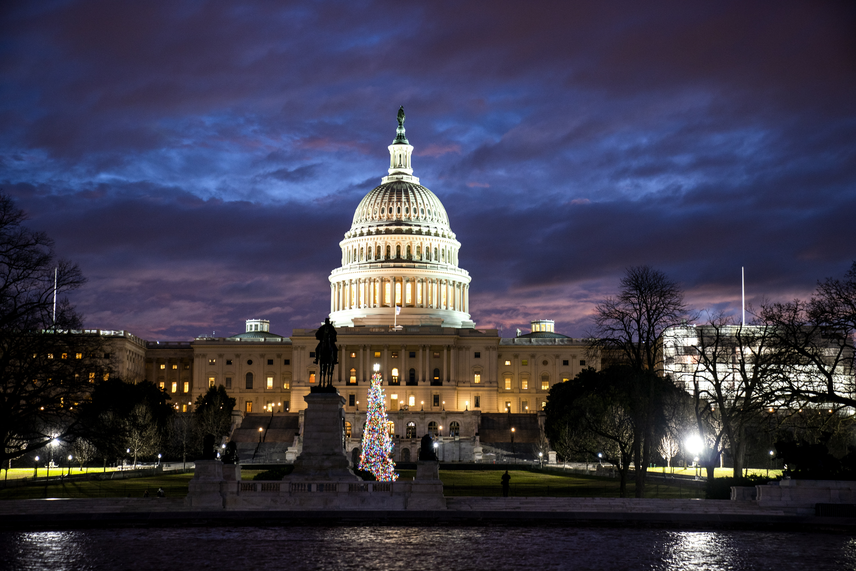 Američki State Department poziva radnike natrag na posao unatoč blokadi vlade