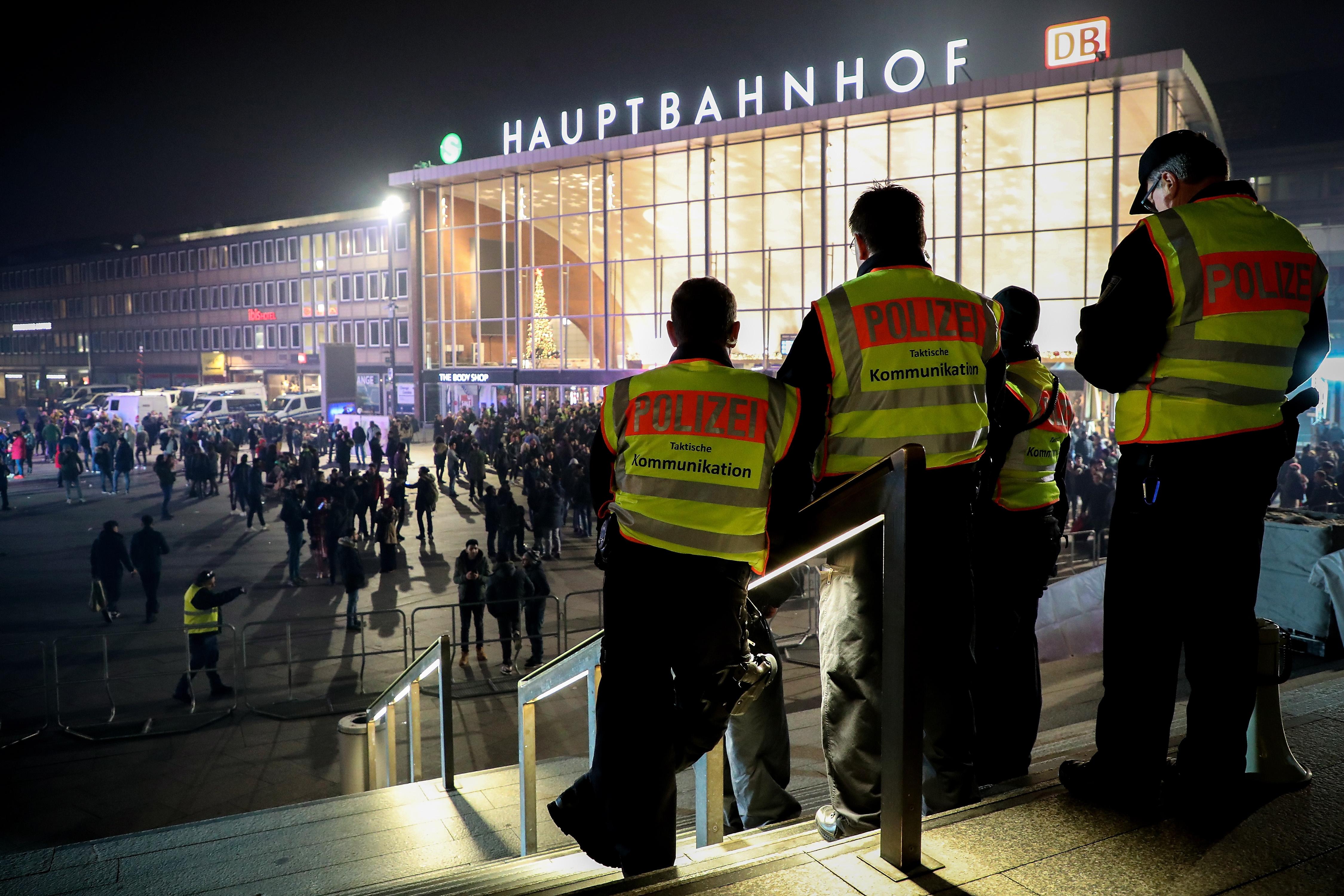 Muškarac automobilom nasrnuo na pješake u Njemačkoj