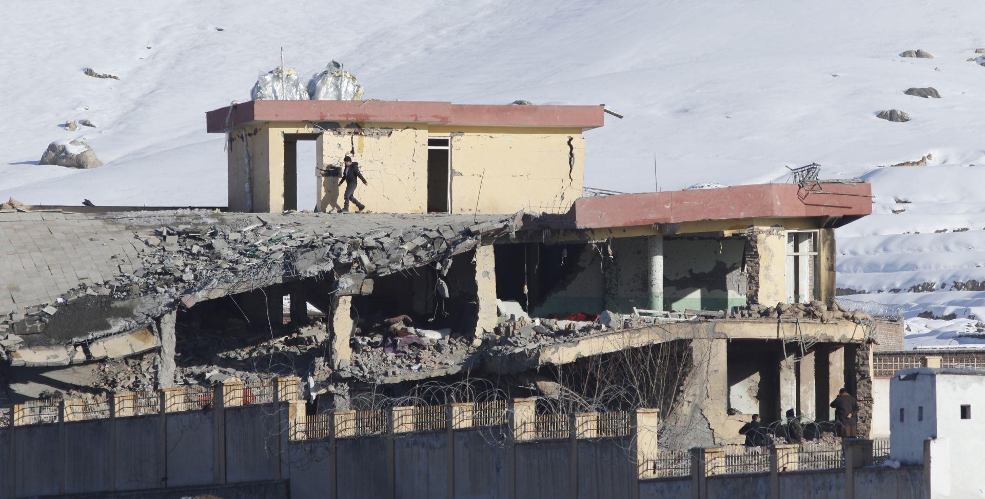 NAPAD NA VOJNU BAZU Talibani ubili najmanje 43 osobe