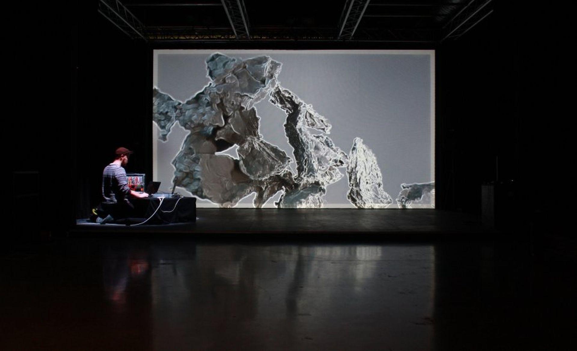 Binarno kino i zvučni performansi ovog vikenda na Device_art festivalu