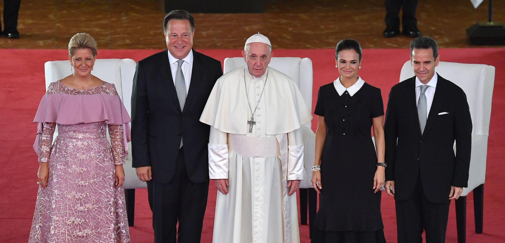 """PAPA """"Ubojstva žena postala """"kuga"""" Latinske Amerike"""""""