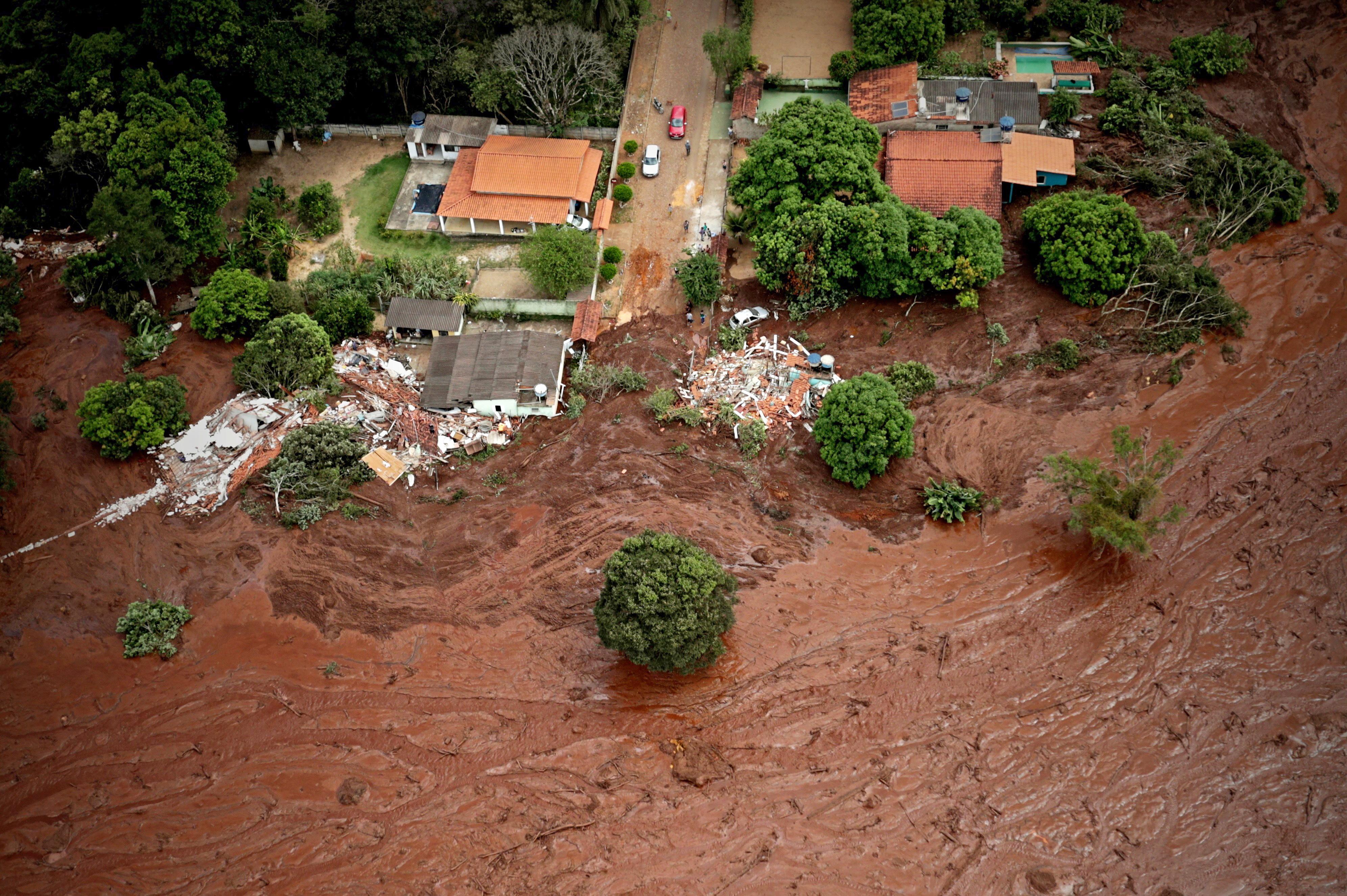 BRAZIL Broj žrtava nakon puknuća brane narastao na 34, gotovo 300 nestalih