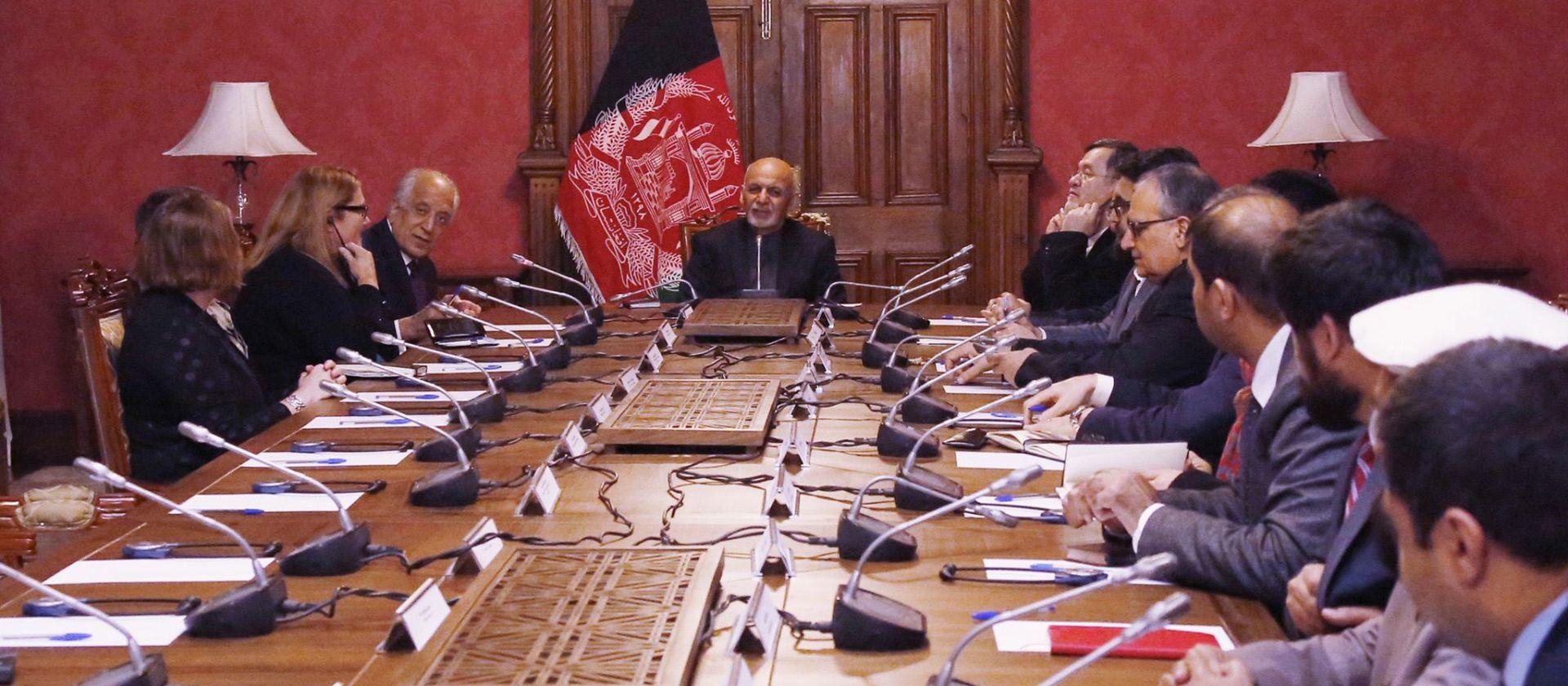 Ohrabrujući razgovori SAD-a i talibana, no povlačenje se još ne planira